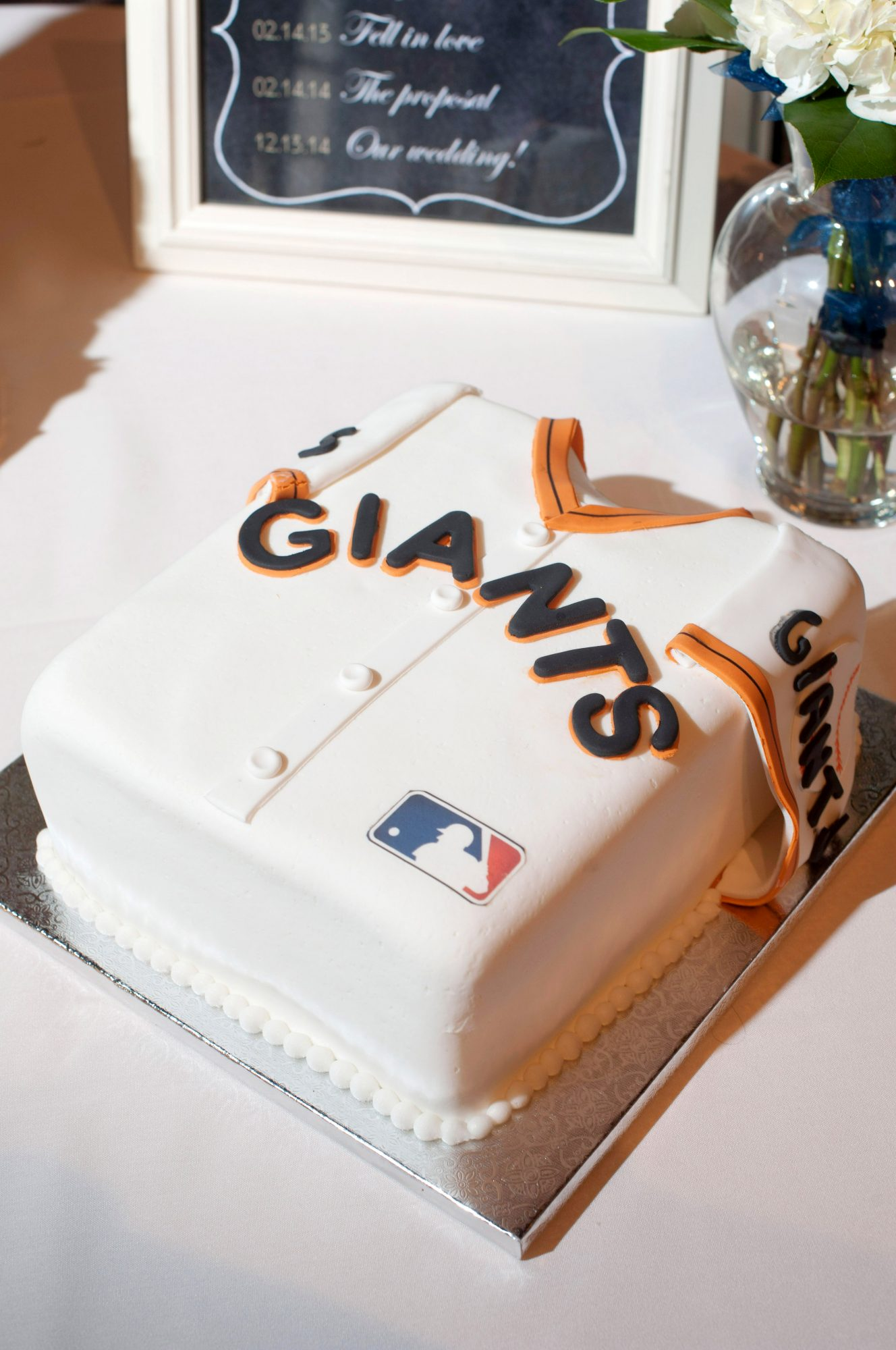 giants jersey grooms cake
