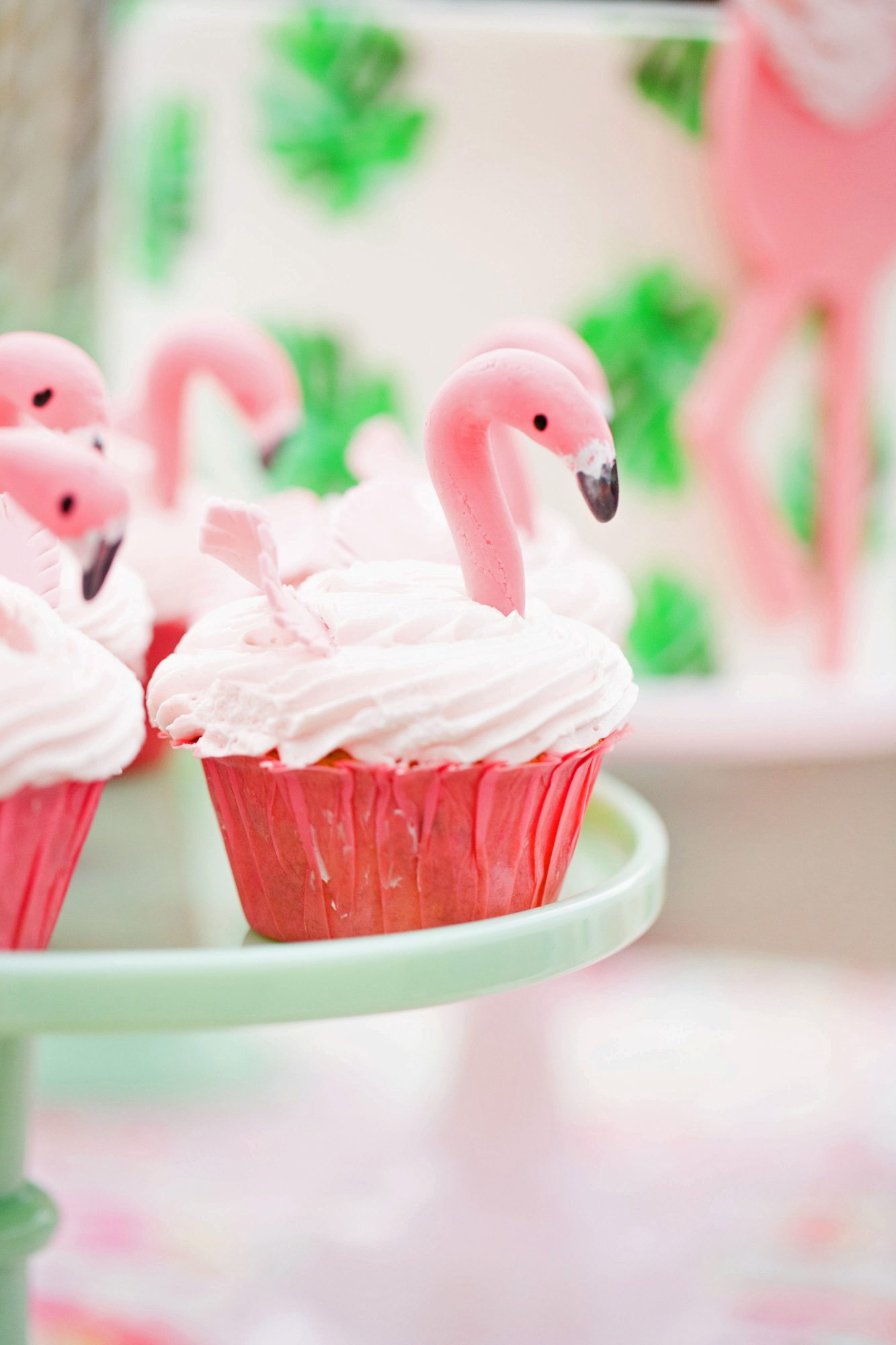 bridal shower cake with flamingos