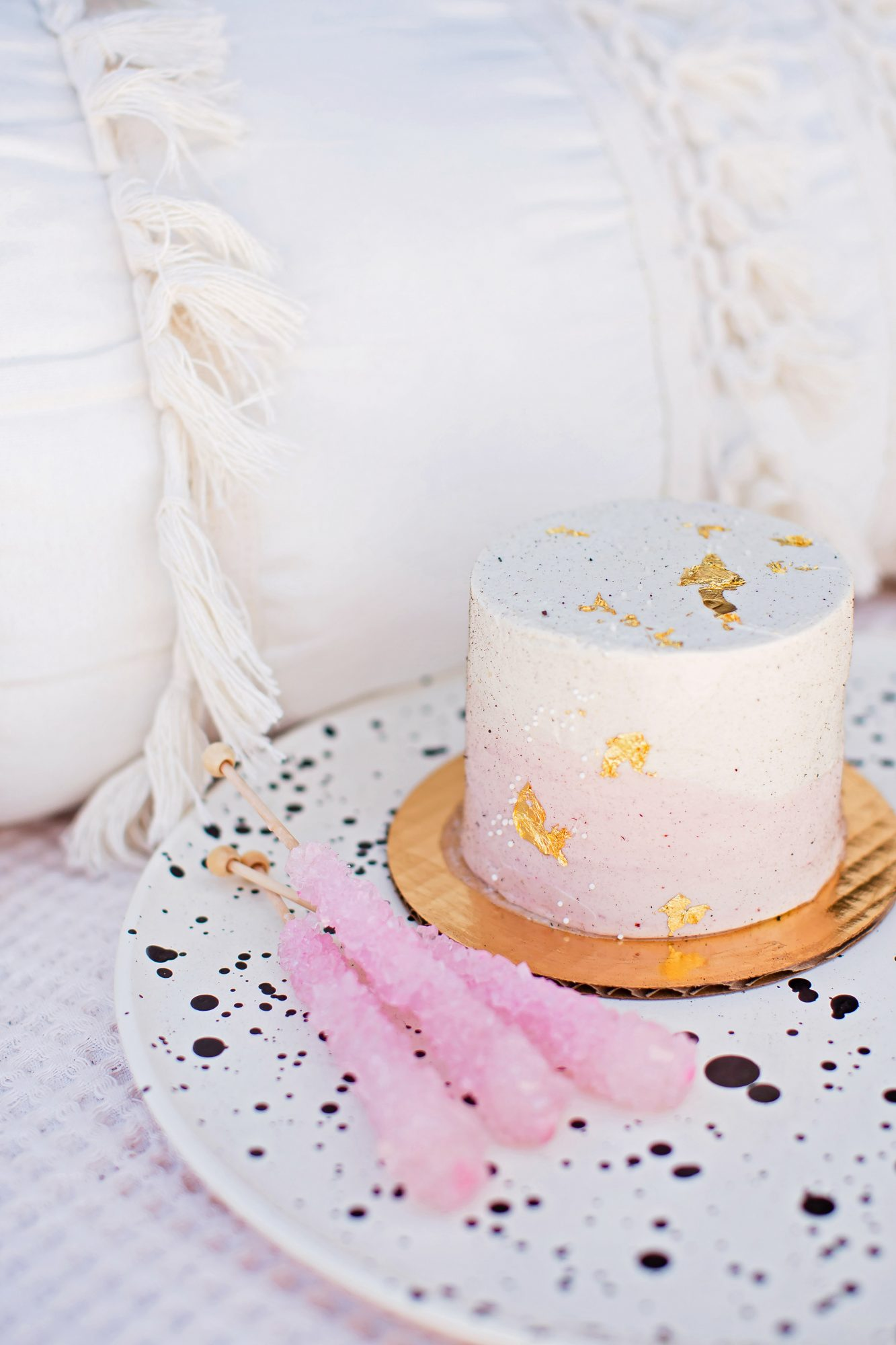 bridal shower sparkly mini-cake