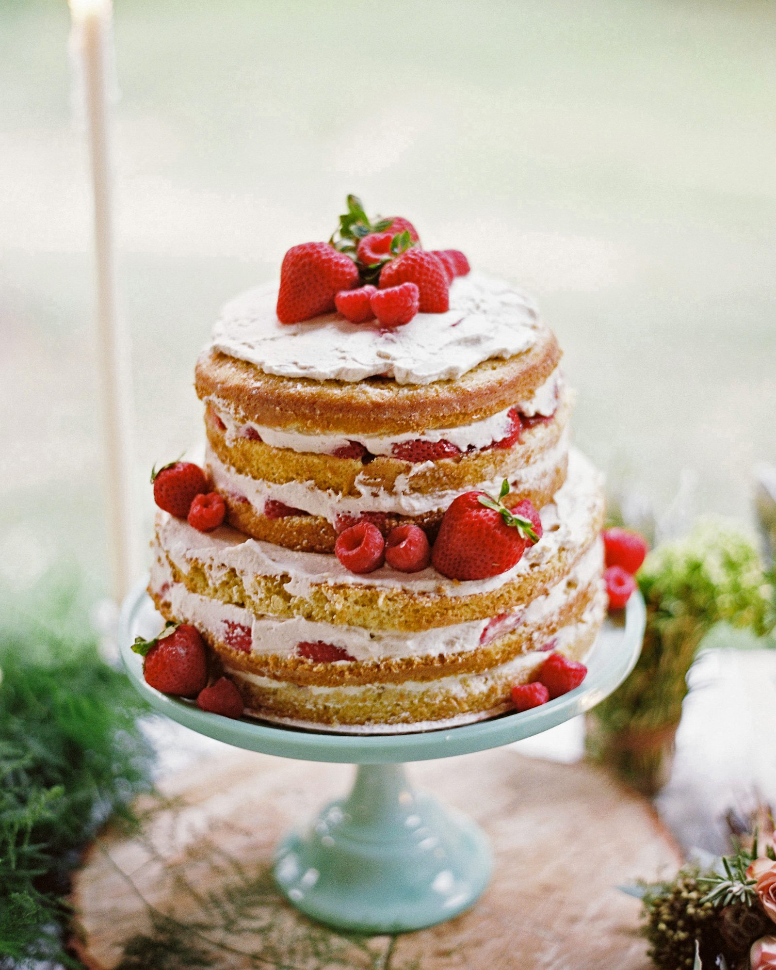 Why cover up your cake's interior when it's as pretty as this strawberry one's was?