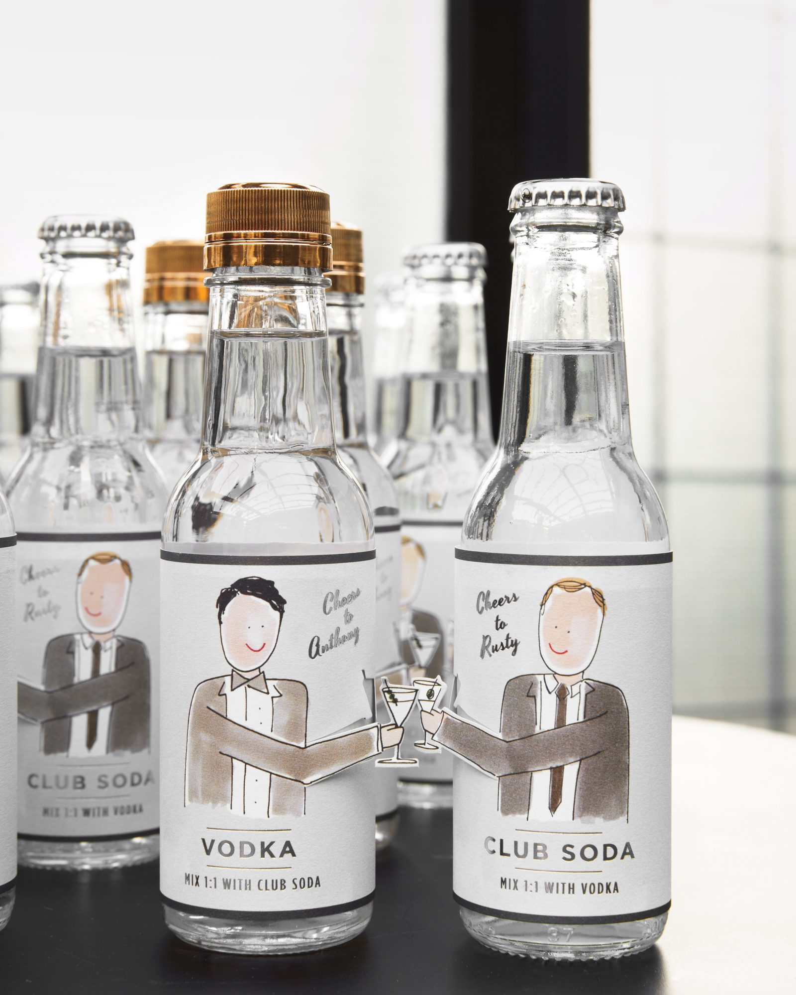 rw-anthony-rusty-drawing-gifts-cocktail-13-354-00431-wd110176.jpg