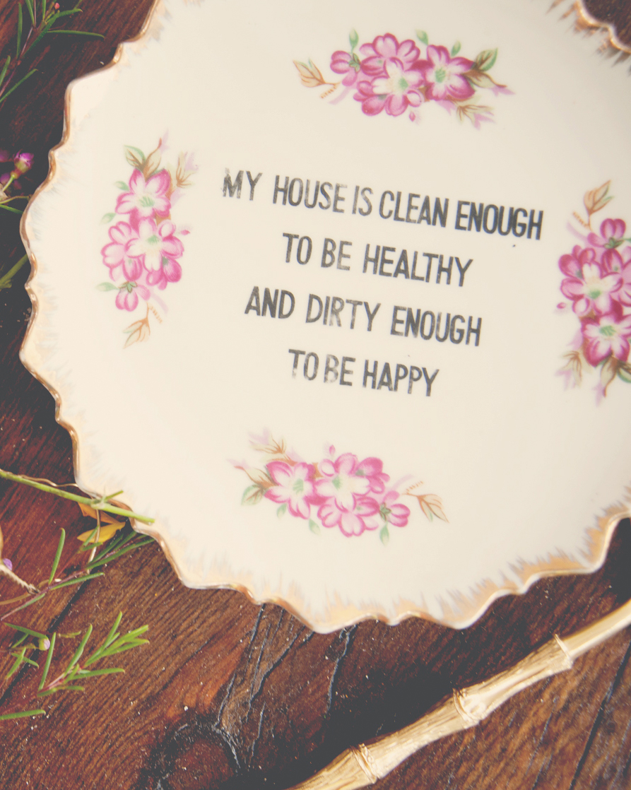 claire-thomas-bridal-shower-garden-plate-with-quote-0814.jpg
