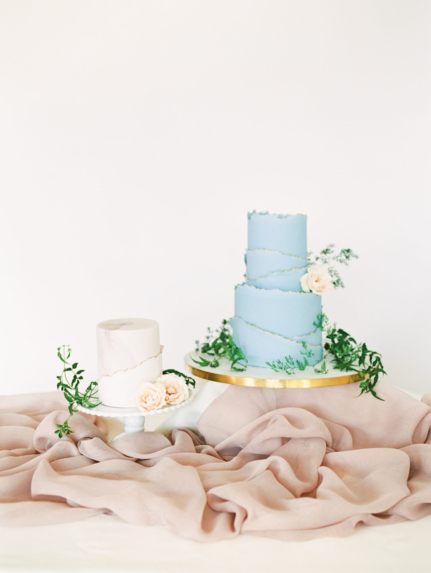 A Sweet Guide To Choosing A Frosting For Your Wedding Cake Martha Stewart