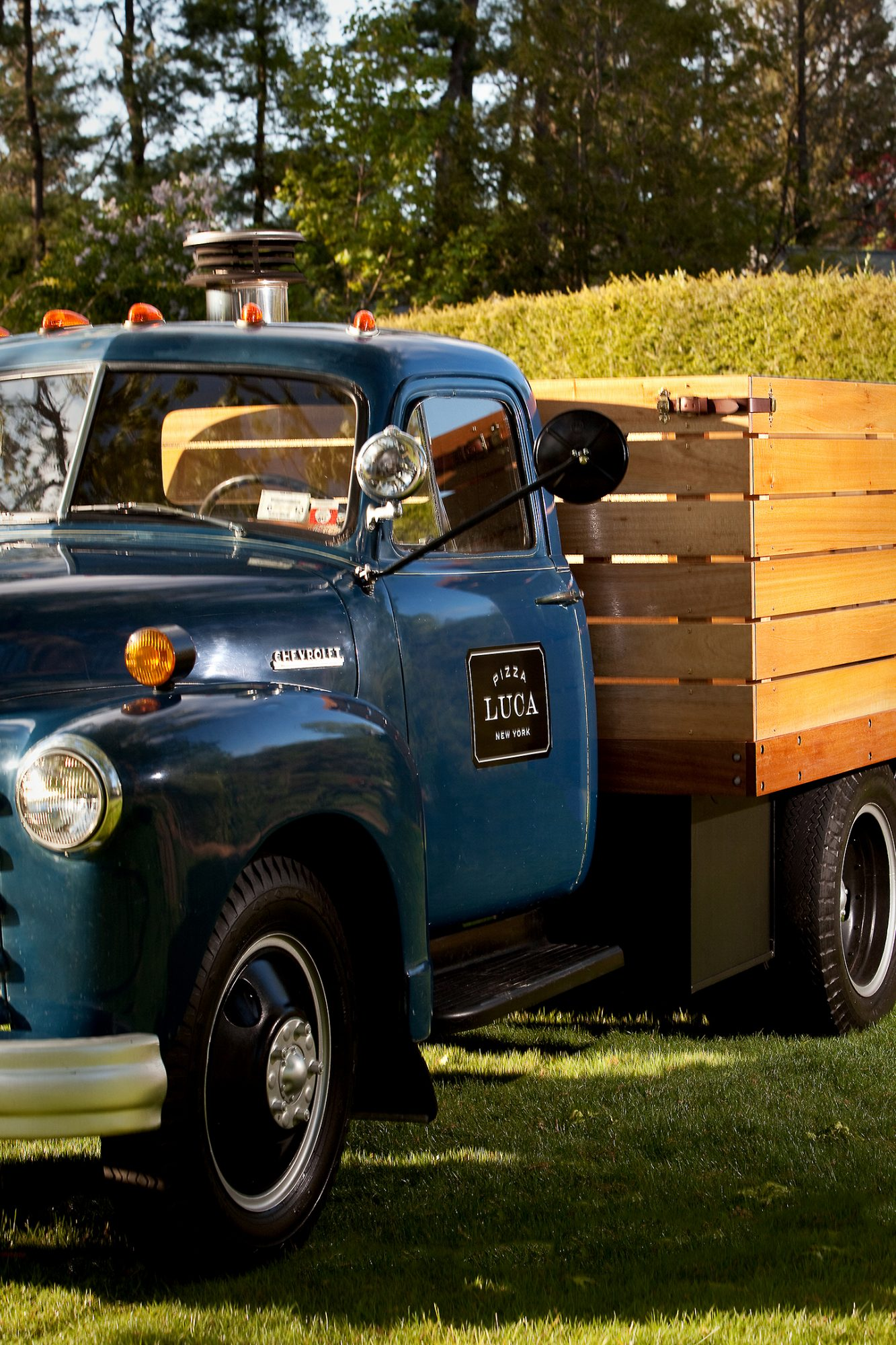 pizza luca food truck flatbed