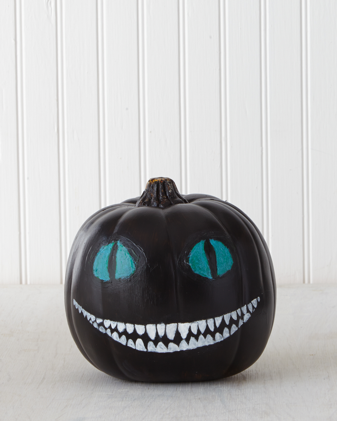 "Cheshire Cat from ""Alice in Wonderland"" Pumpkin"