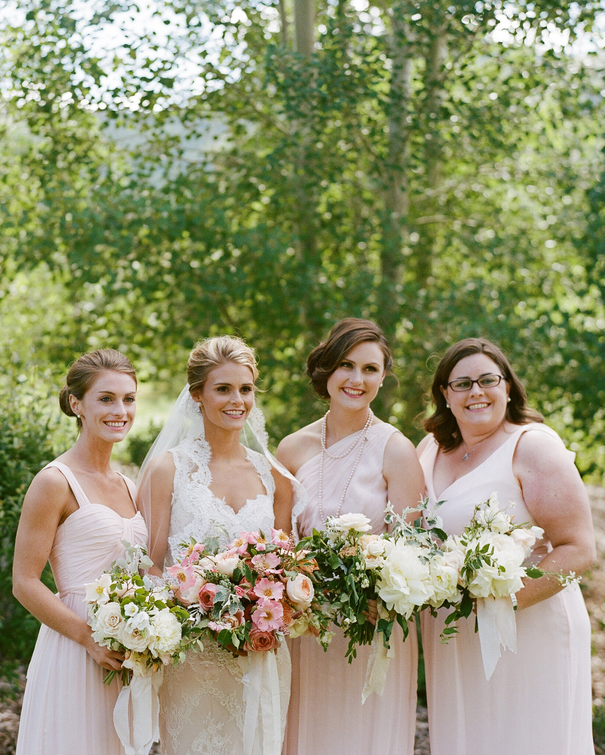 jamie-alex-wedding-bridesmaids-000022130013-s111544-1014.jpg