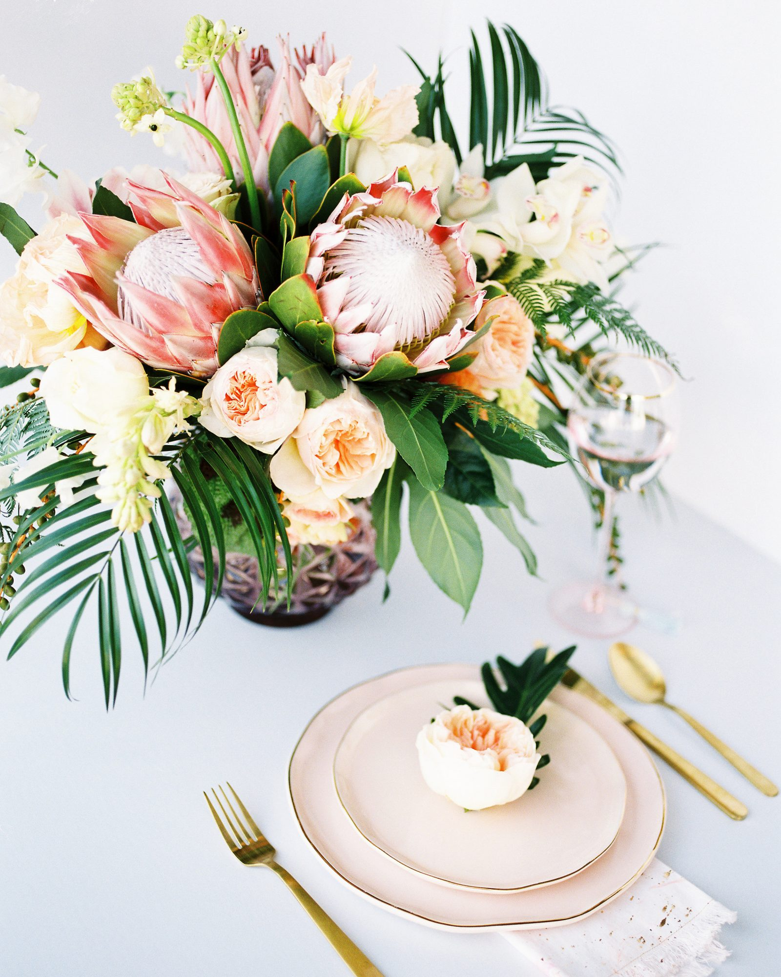 tropical wedding floral centerpieces