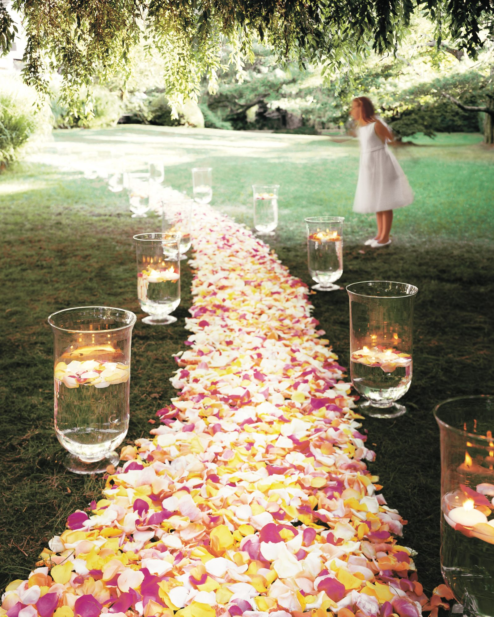 path-flower-petals-votive-candle-mml922j4.jpg