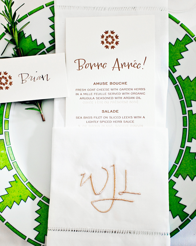 """Wish wedding guests a """"Bonne Année!"""" as they sit down to dinner."""