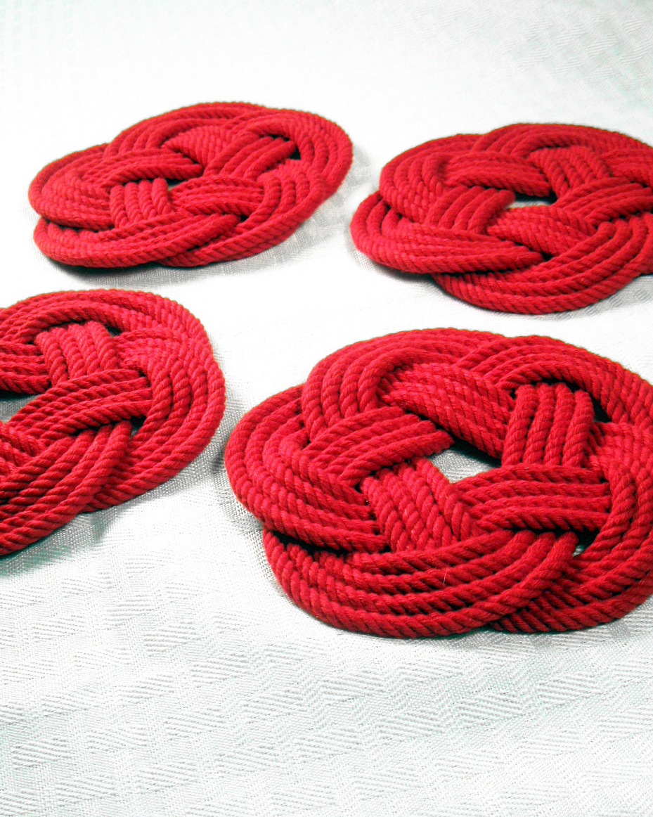 valentines-day-gift-guide-him-mystic-knotwork-red-coasters-0115.jpg