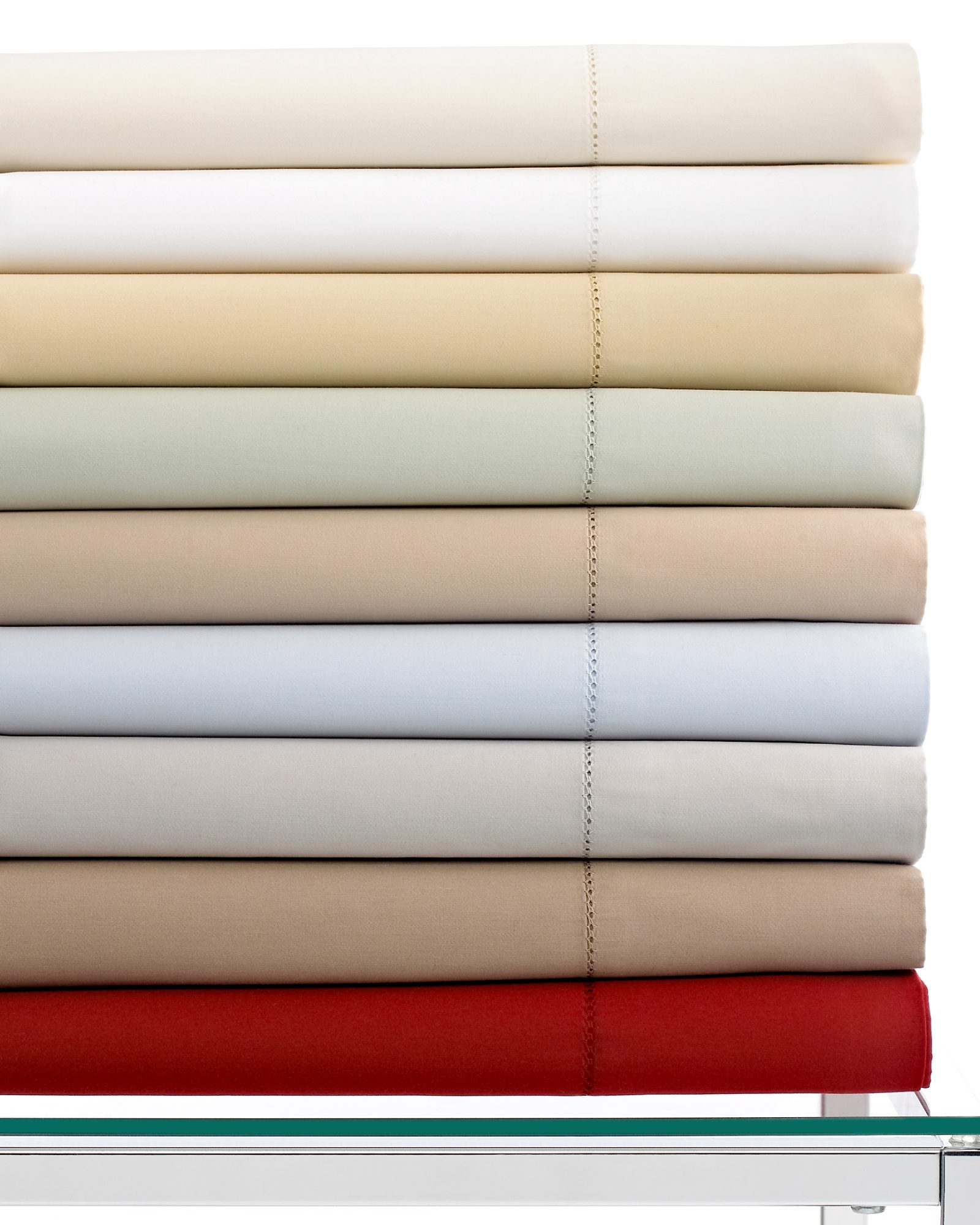 macys-registry-3-hotel-collection-600-count-sheets-0115.jpg