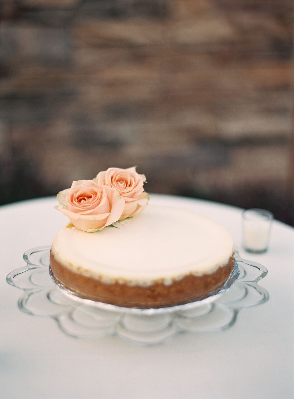 This petite, flower-topped treat was oh-so pretty. The peach-hued roses are especially fitting for a spring wedding.