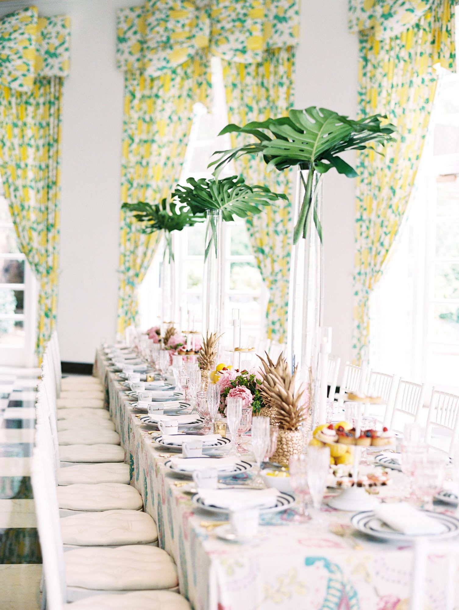 tablescape leaves bachelorette party