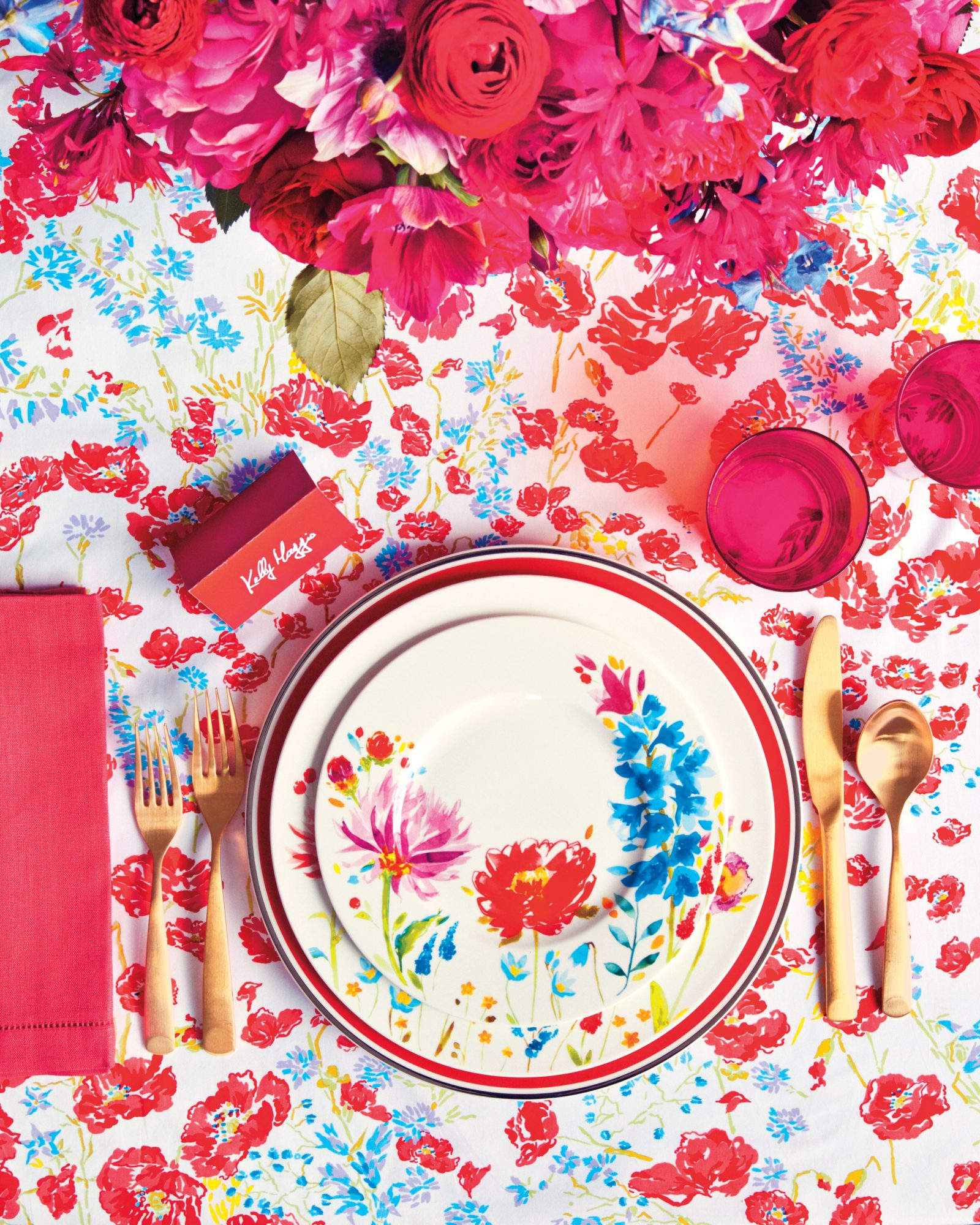 floral-red-place-setting-0020-d111716.jpg