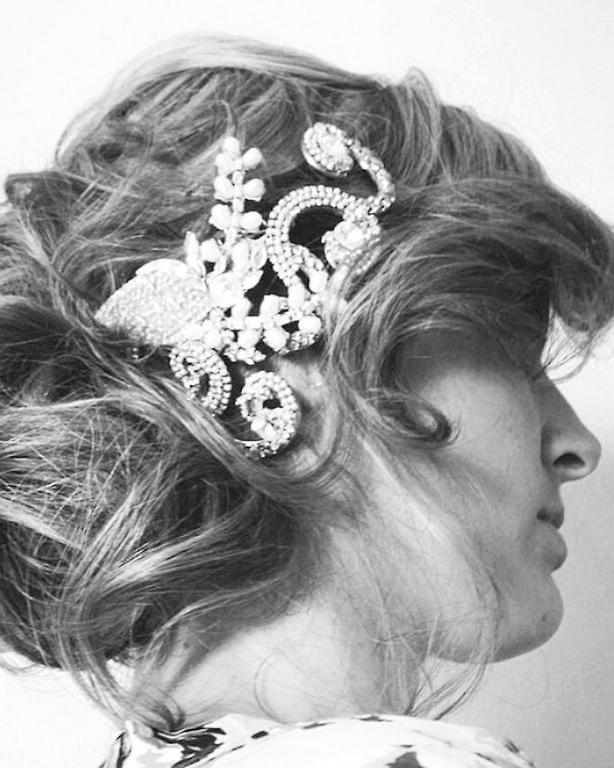 carats-cake-bobby-and-the-bride-updo-0415.jpg