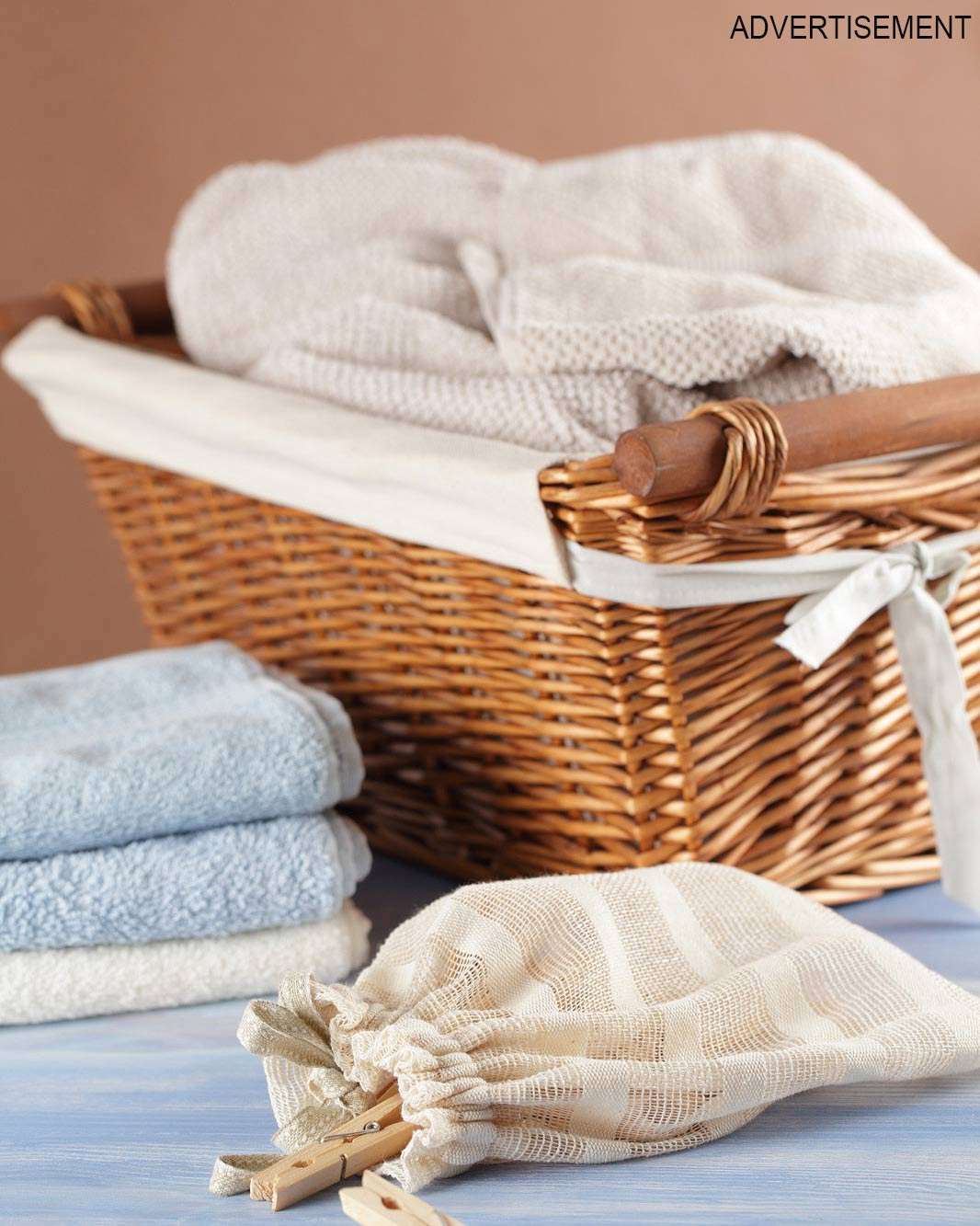 natural-laundry-boost-opener-image-clothes-pins-new-0316.jpg