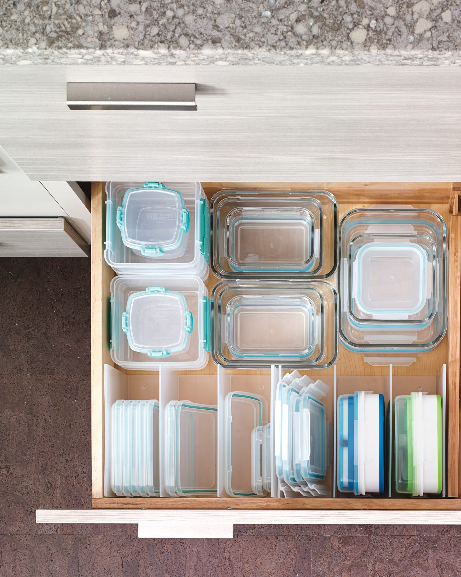 The Kitchen: Remove Mismatched Food Canisters