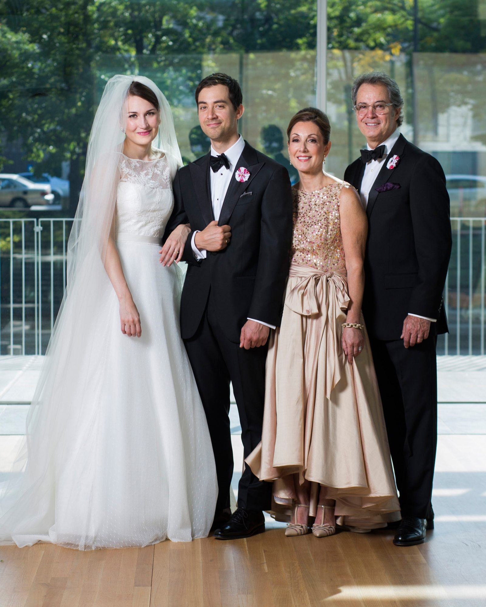 ashley-ryan-wedding-family-6224-s111852-0415.jpg