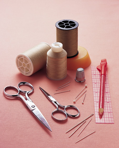 ml05l_0500_sewingtools_glossary.jpg