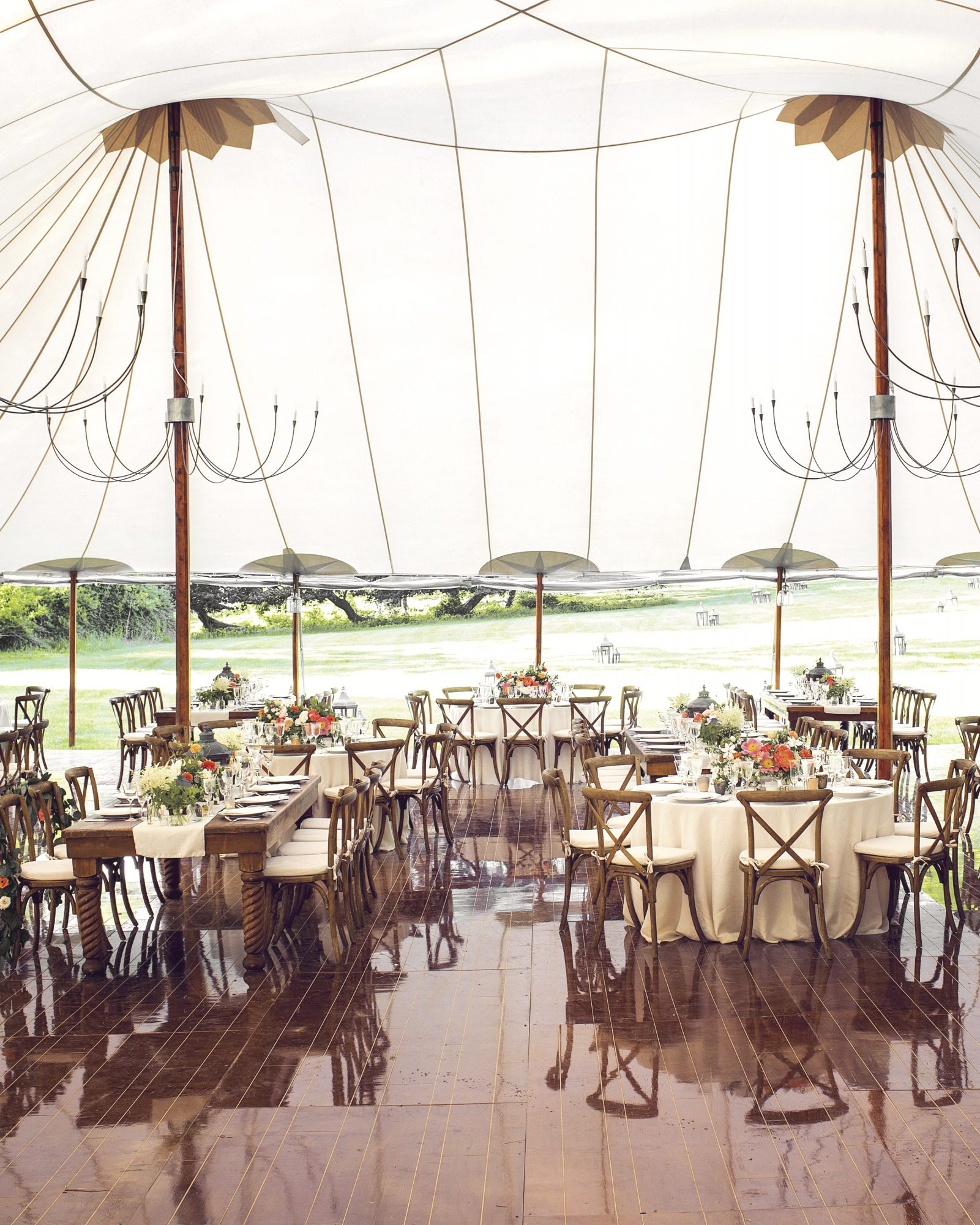 tents-tables-christian-oth-no-watermark-s112402.jpg