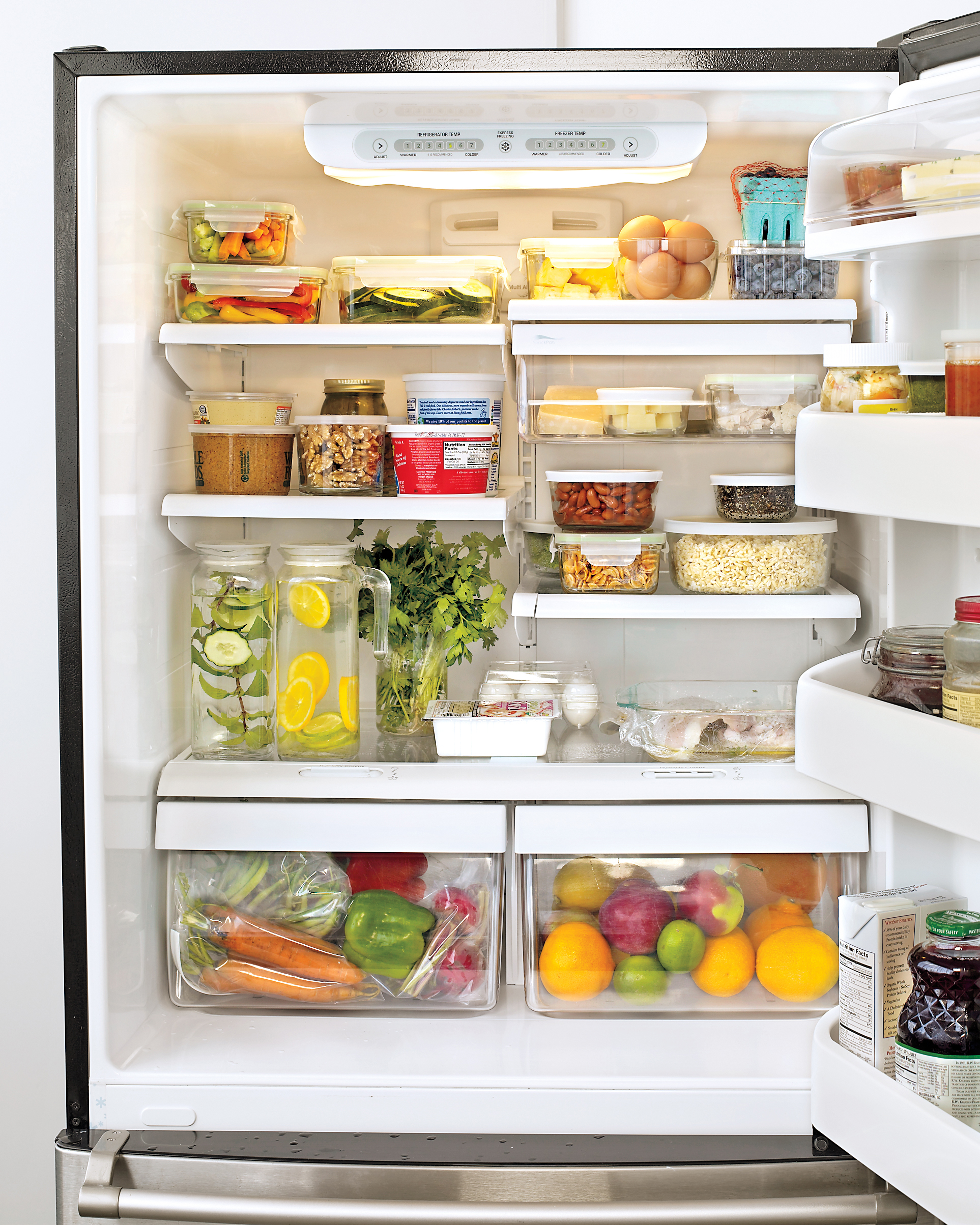 mbd105166_1109_fridge6.jpg