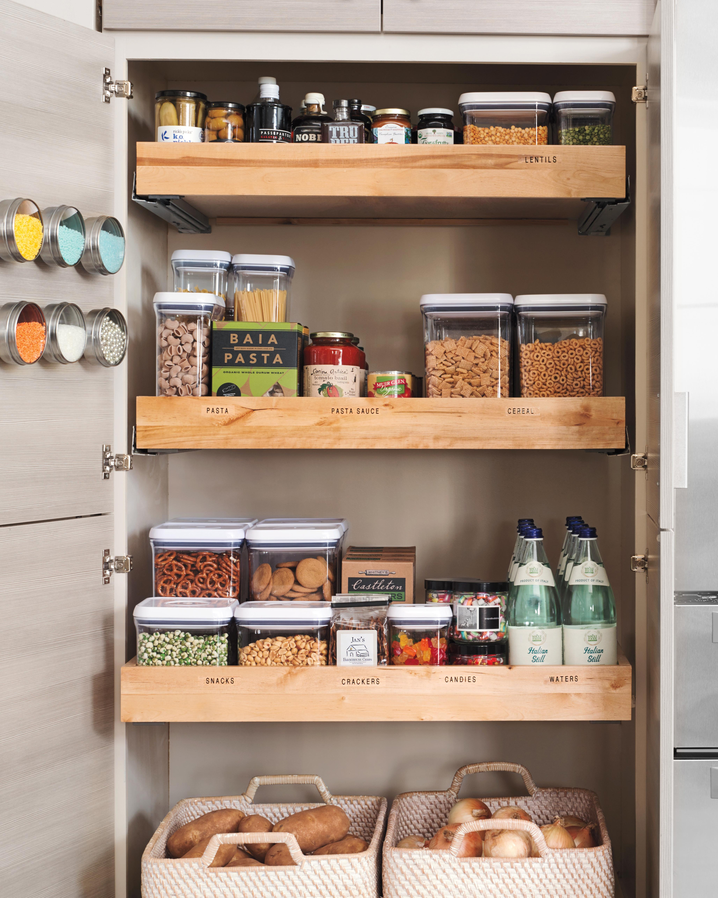 Organize Pantry Small Space