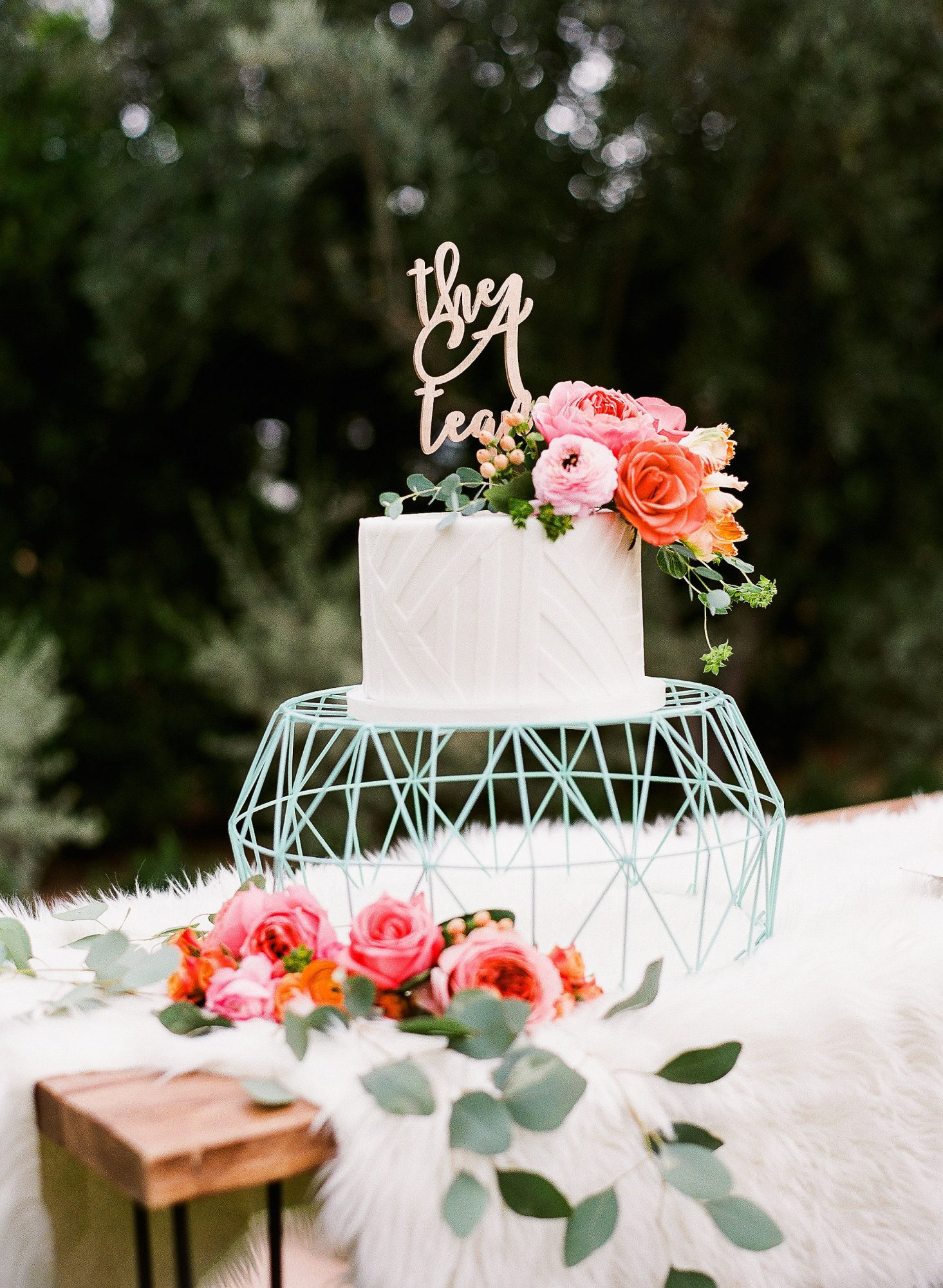 celebrate wedding anniversary - aubrey austin wedding cake