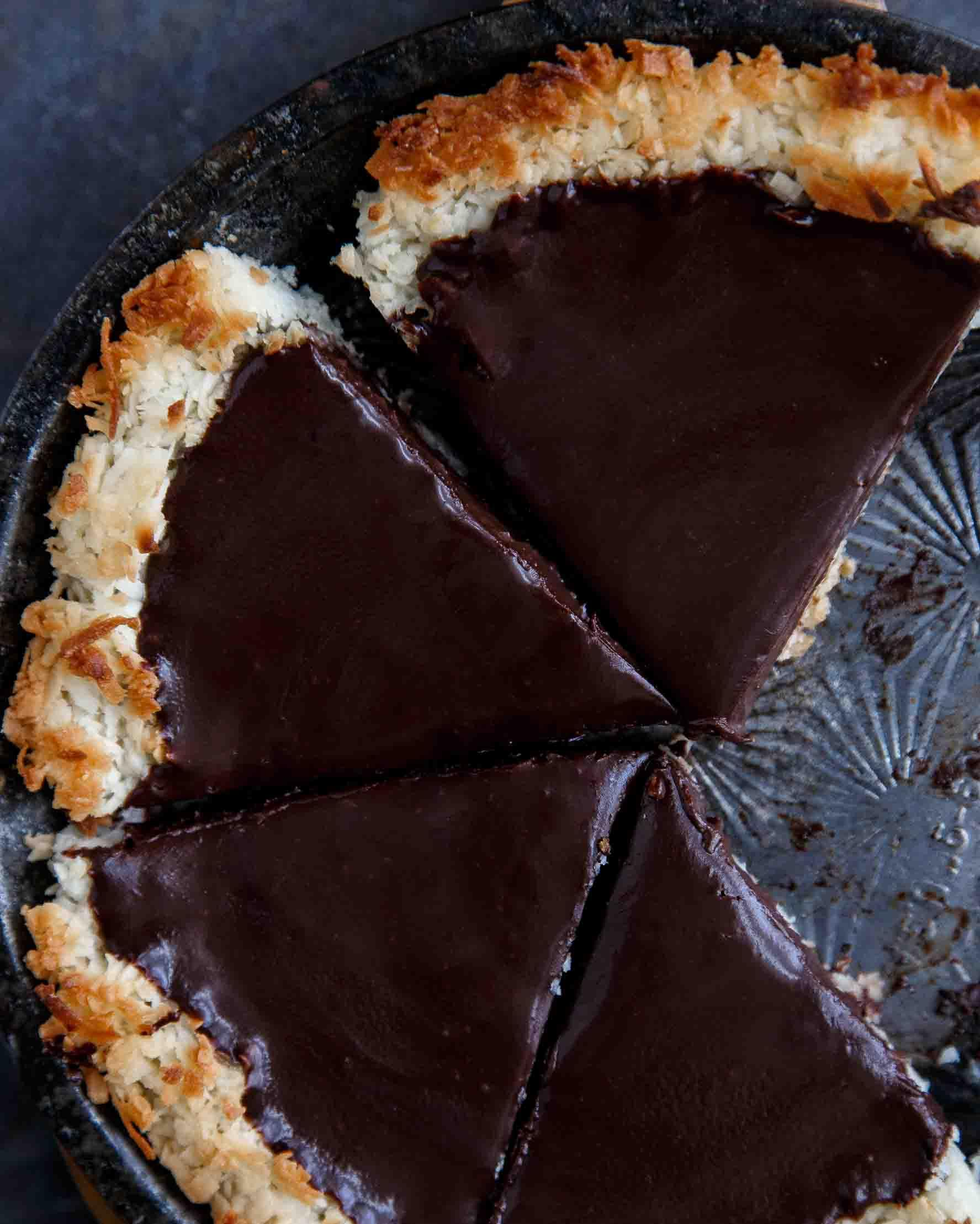 coconut-chocolate-pie