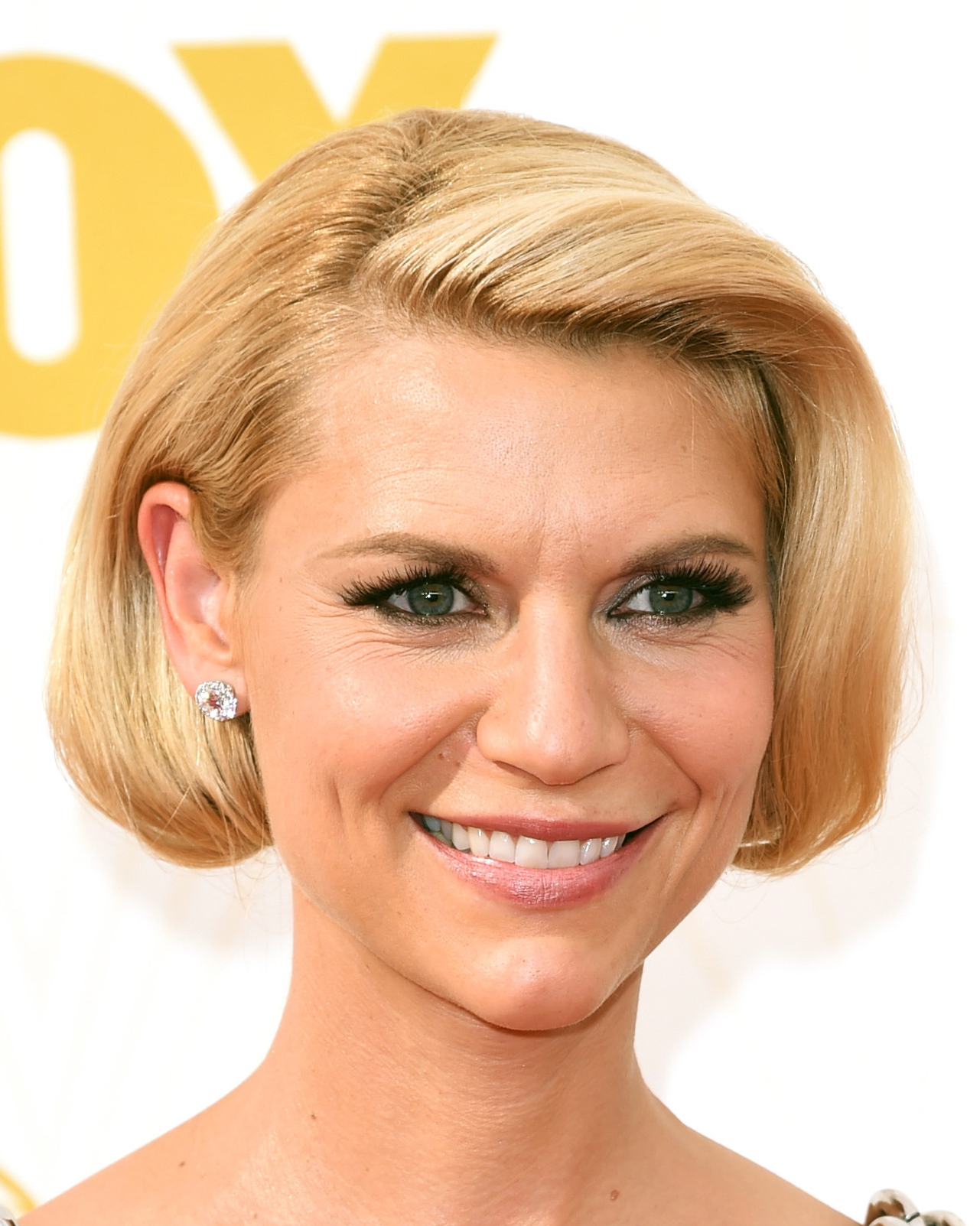 celebrity-wedding-hair-claire-danes-emmys-gettyimages-489372692-0915.jpg