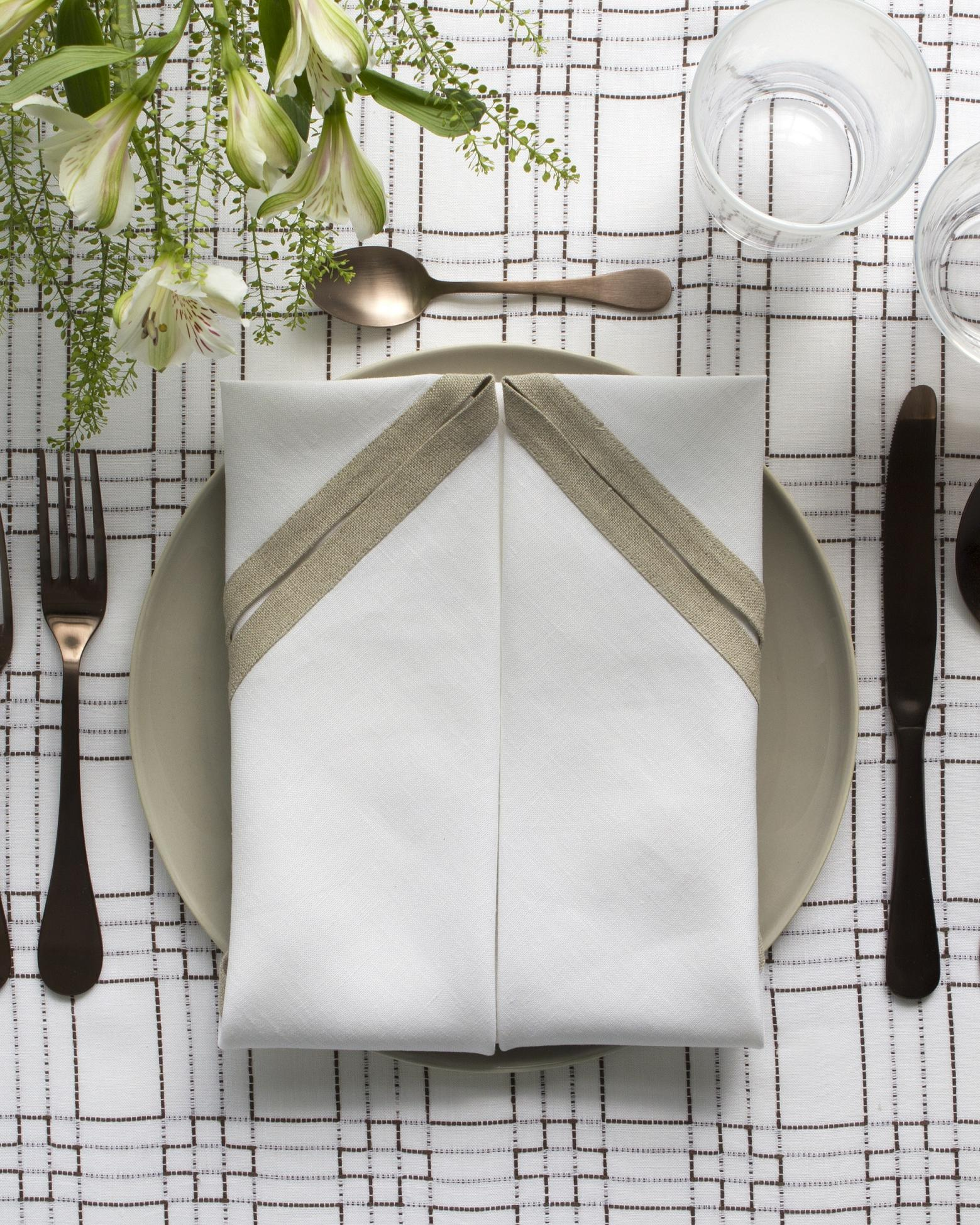 Step 5 - Completed Napkin Fold