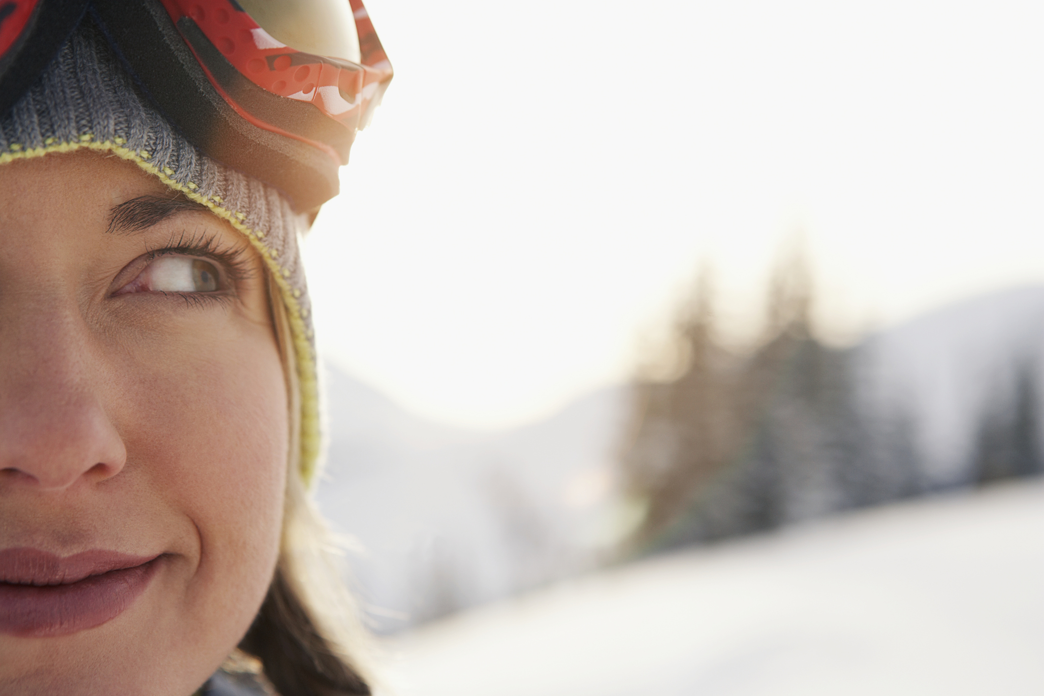 woman wearing hat and ski googles