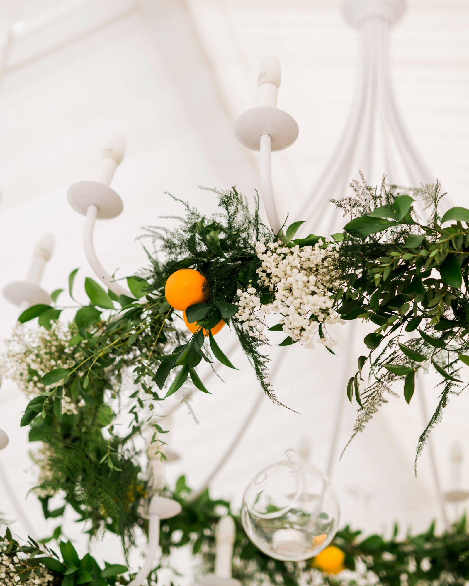 summer reception ideas citrus lighting