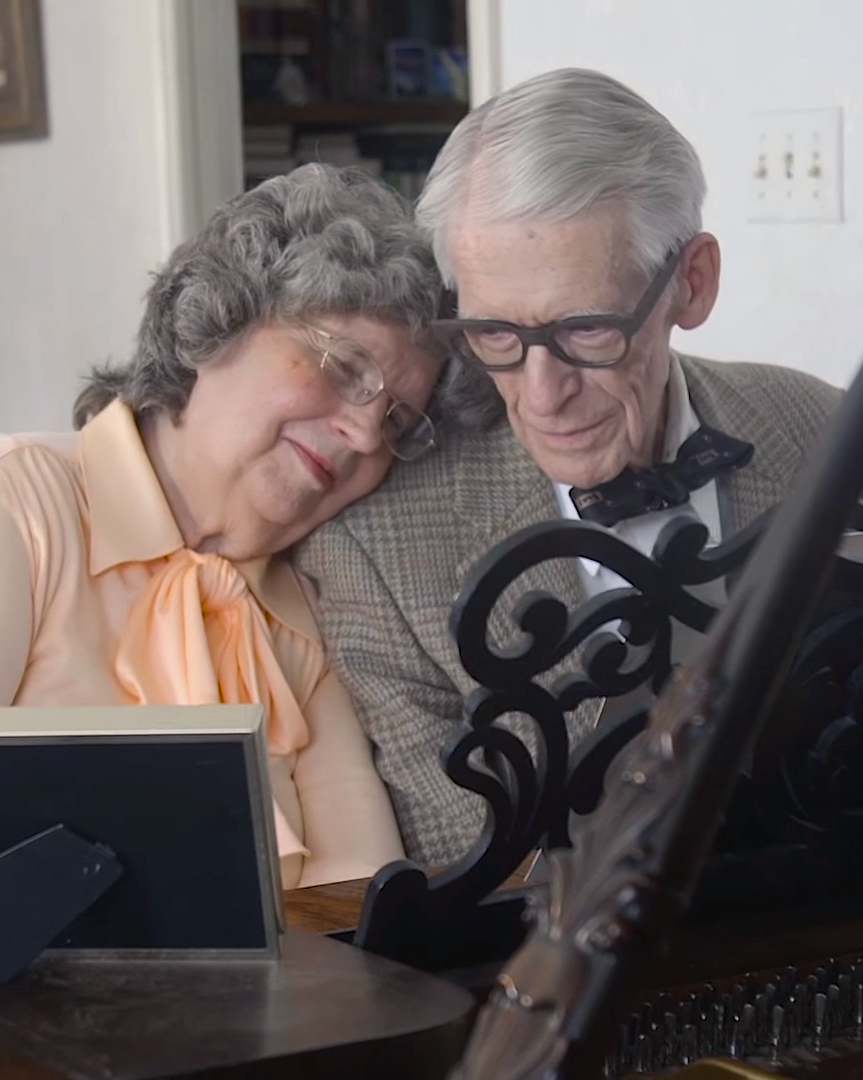 couple-from-up-60th-anniversary-duet-piano-ending-1015.jpg