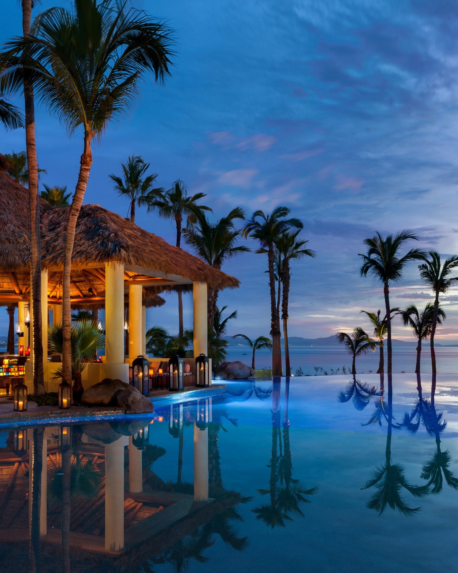 new-hotels-one-and-only-palmilla-agua-bar-and-pool-1015.jpg