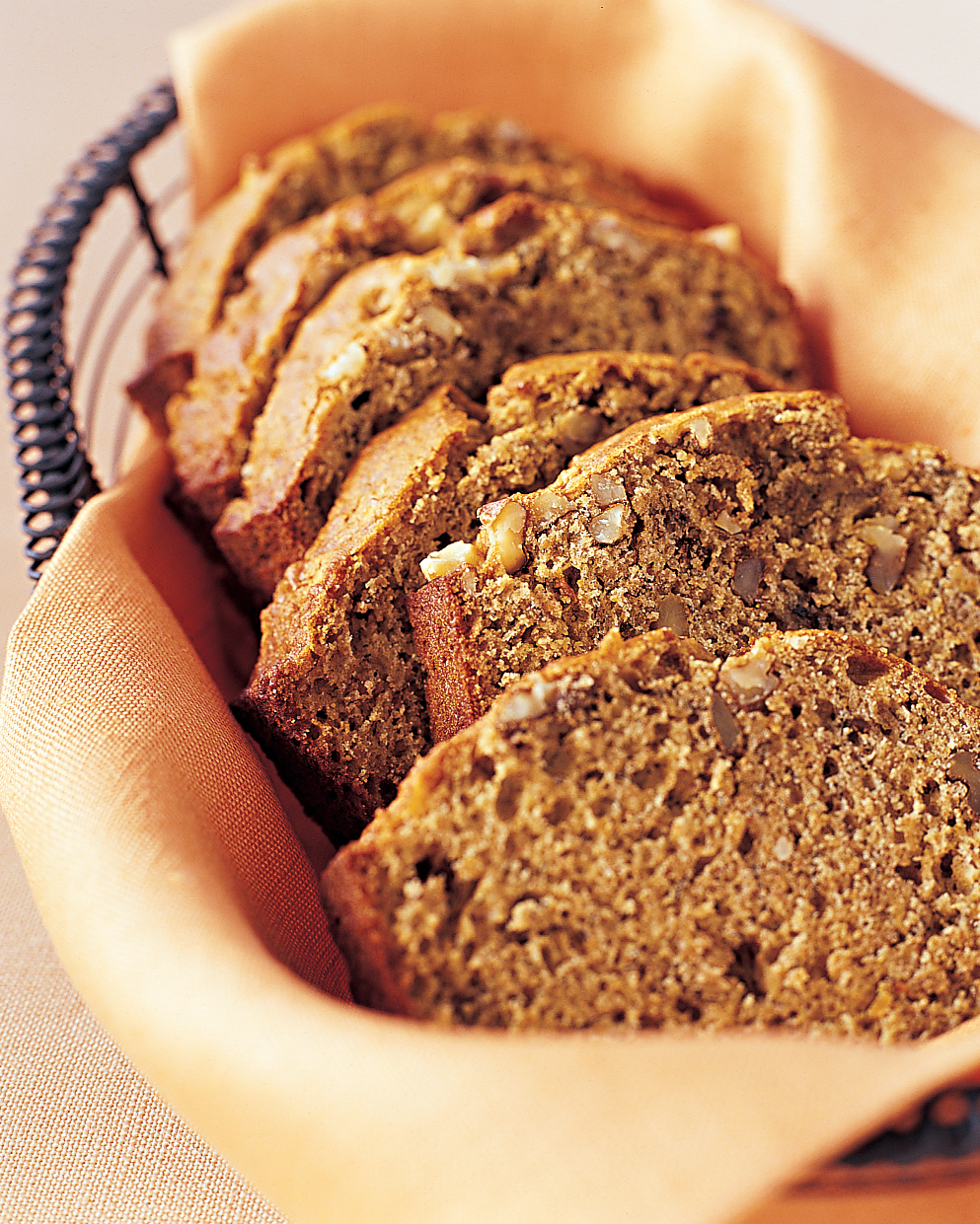 ml0404ftea4_0404_banana_bread_walnuts_flaxseed.jpg