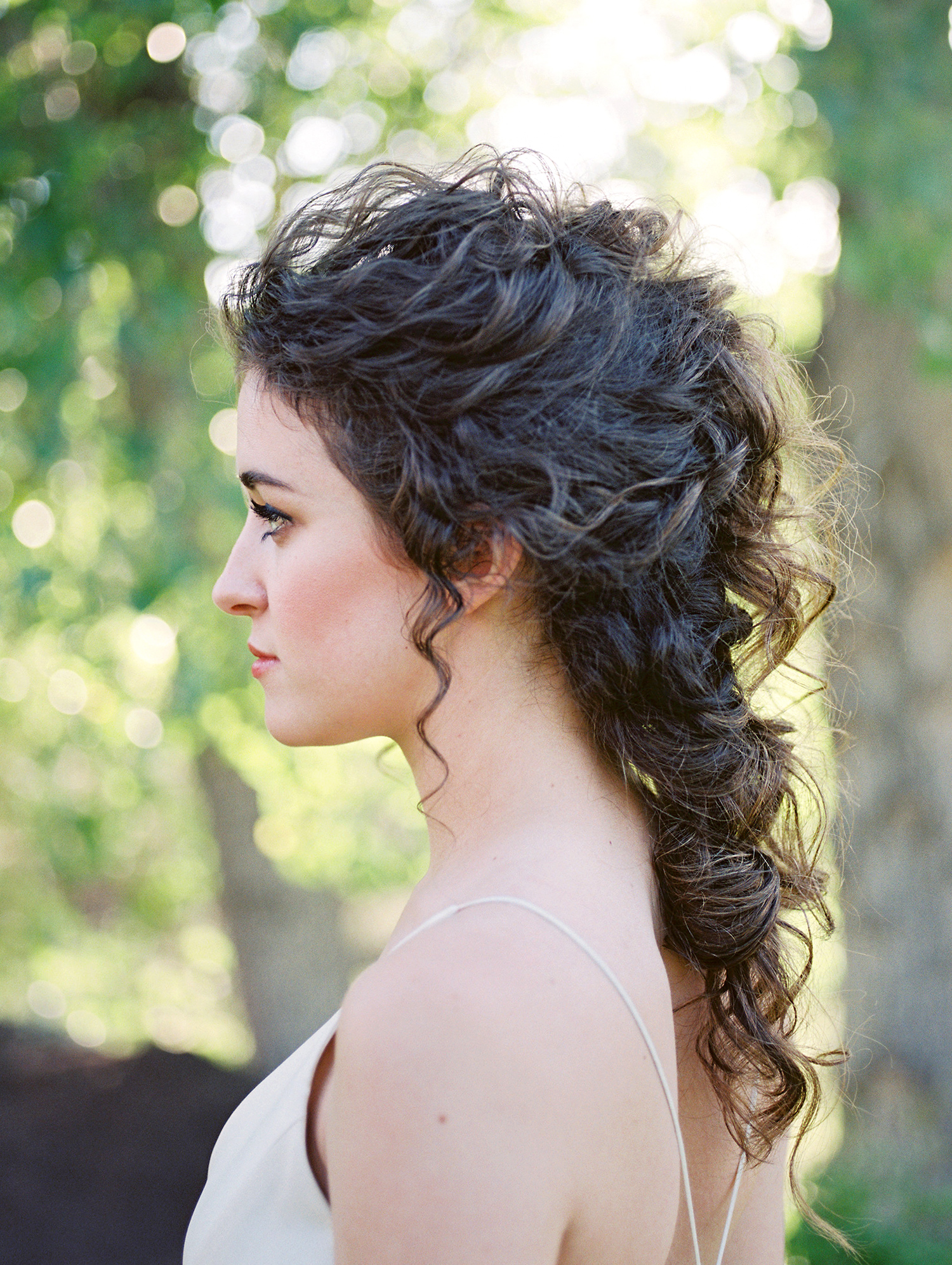 bride with curly victorian ponytail