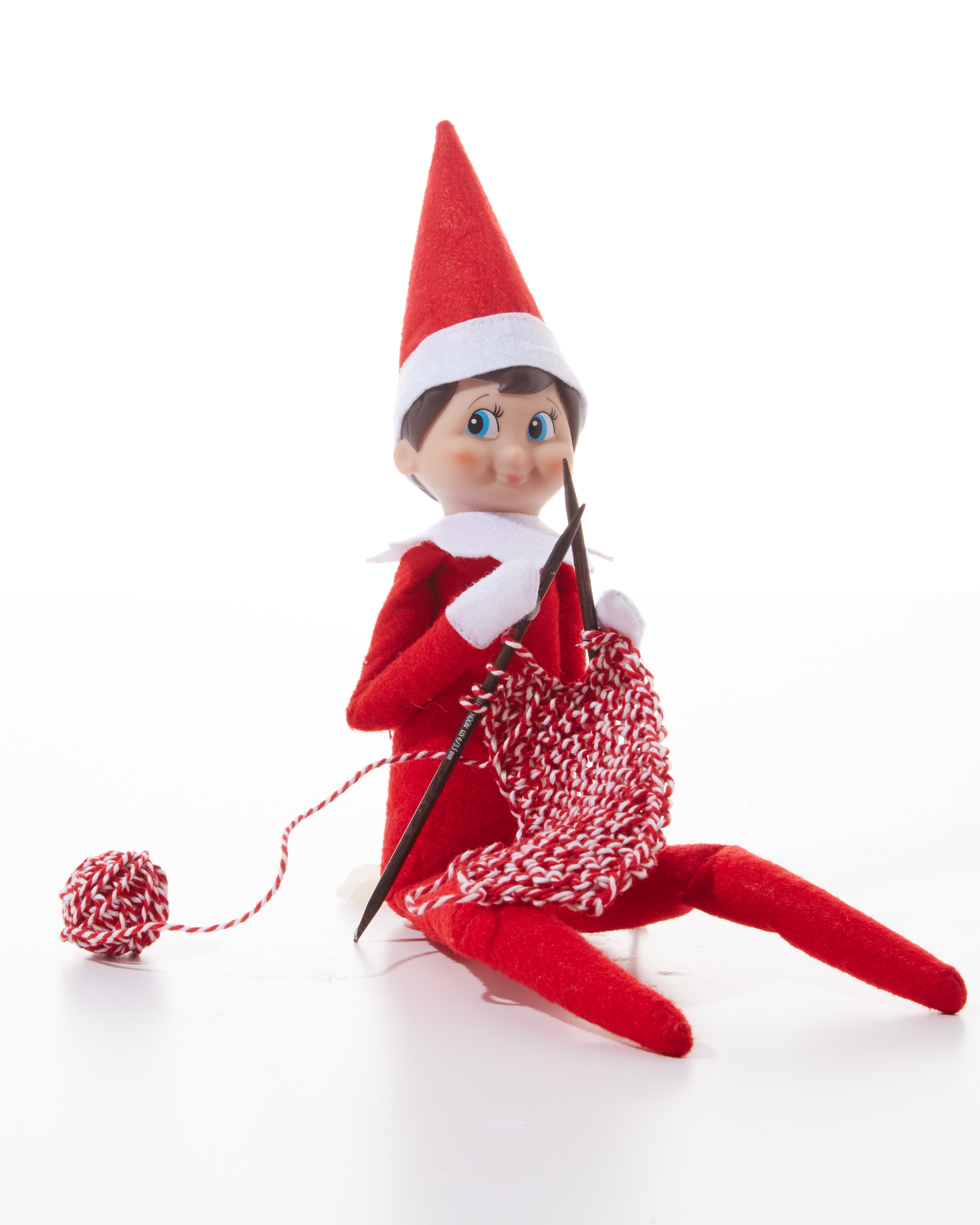 elf-on-shelf-knitting-0131-d112640-1215.jpg