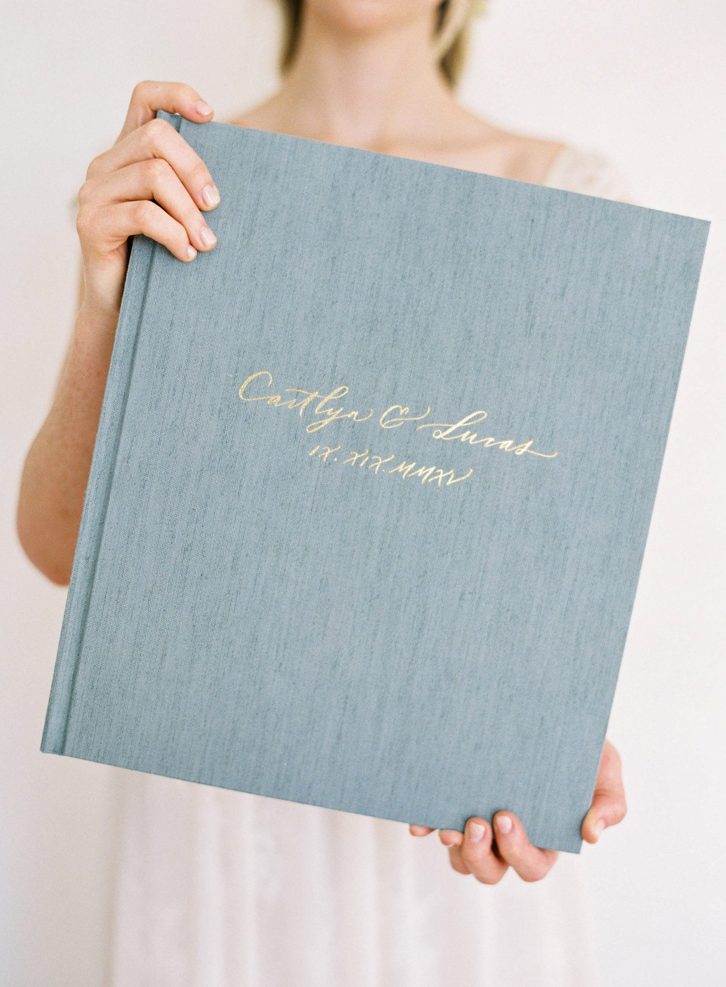 wedding photo album book high quality linen cover foil stamp