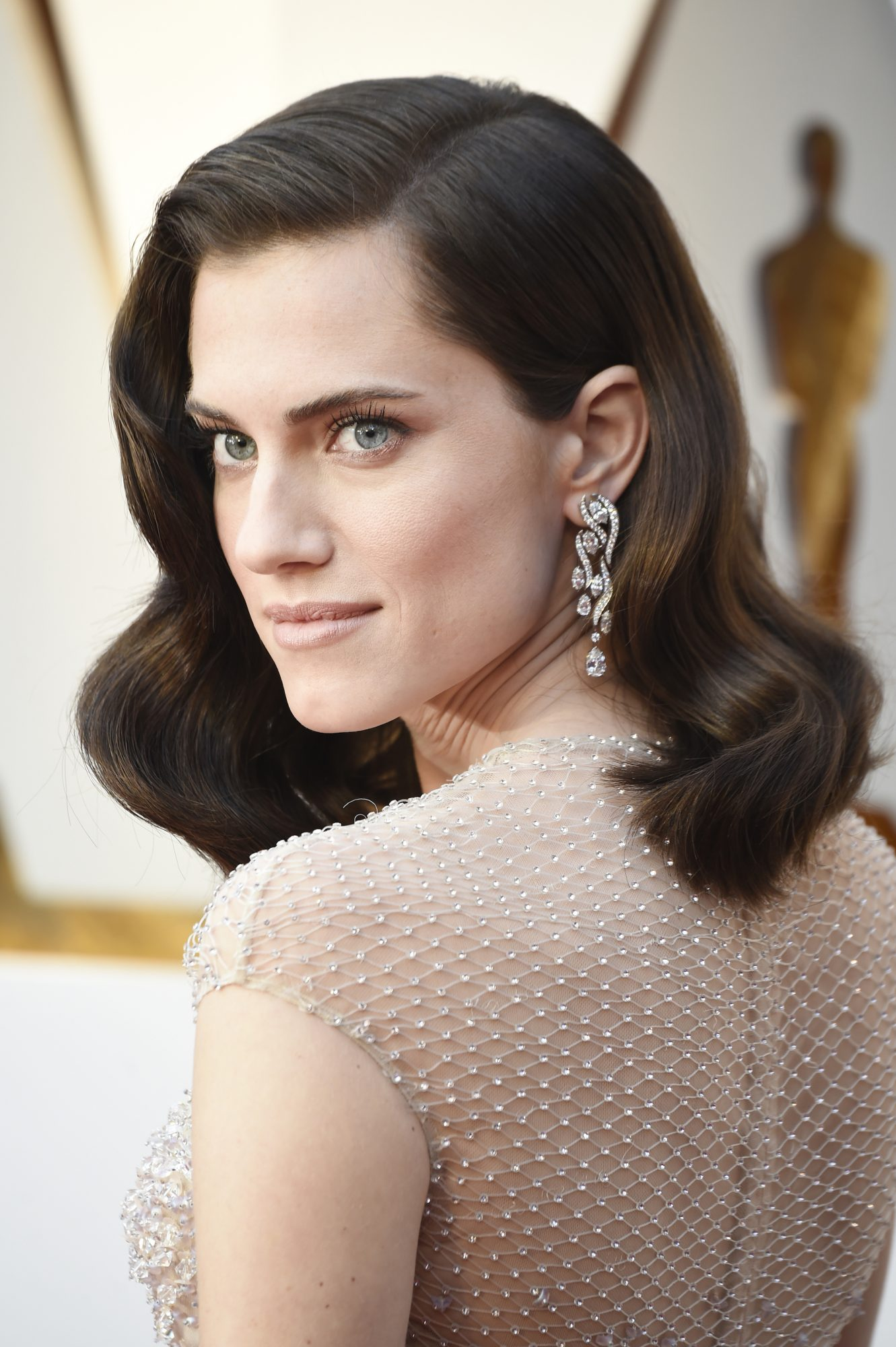 allison williams hairstyle 2018 oscars