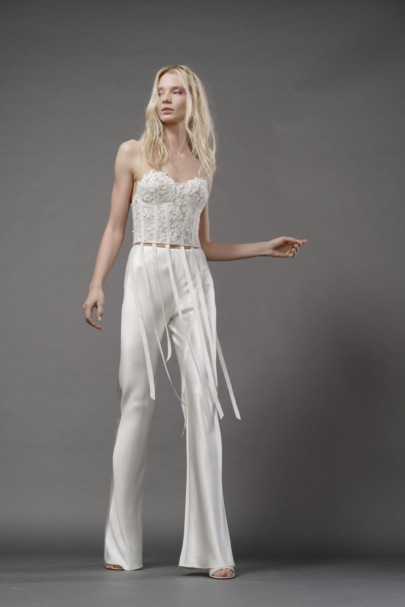 elizabeth fillmore fall 2019 flair pants sweetheart strapless exposed boning lace bodice separates