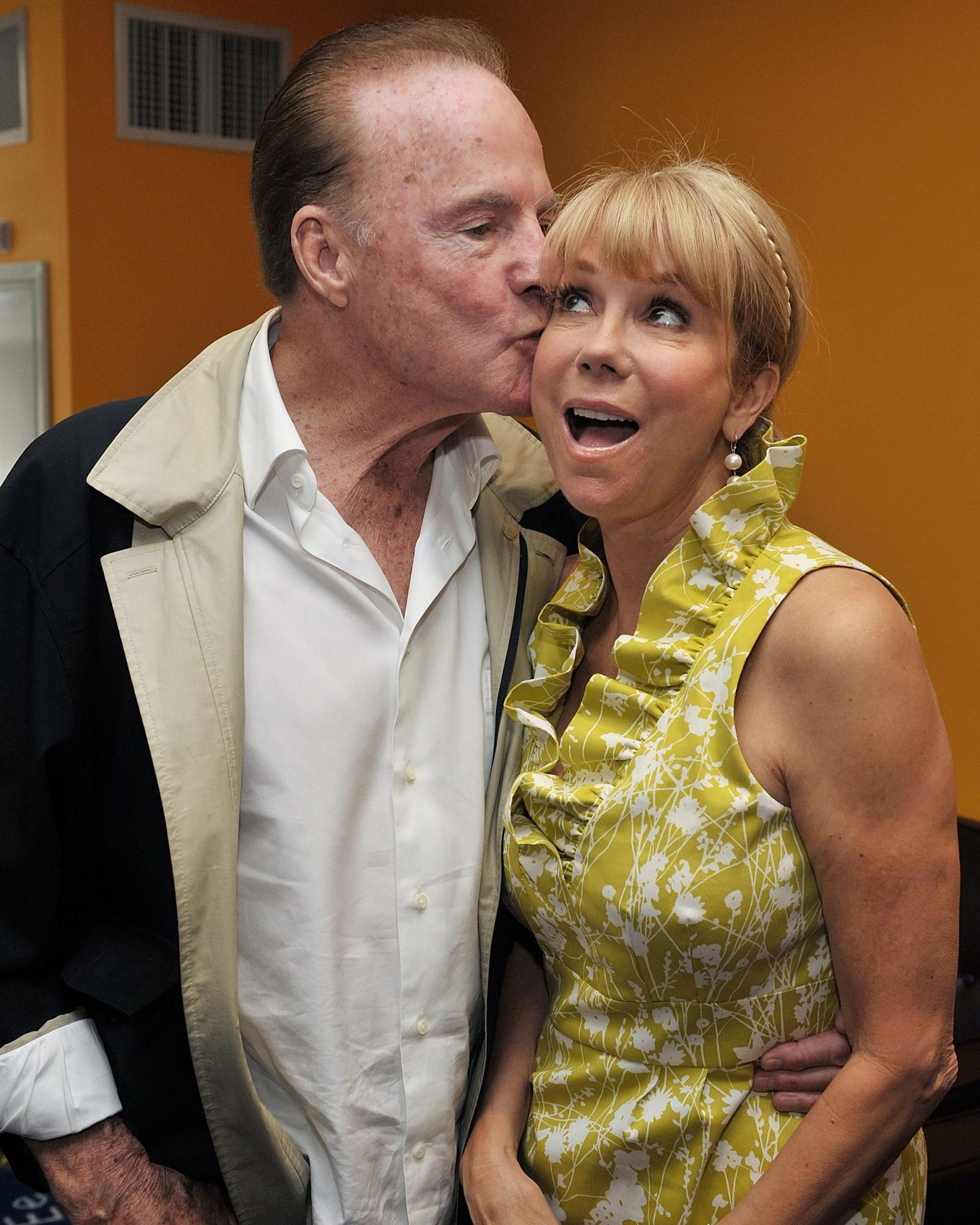 kathy-lee-gifford-frank-gifford-iconic-hollywood-couples-0216.jpg