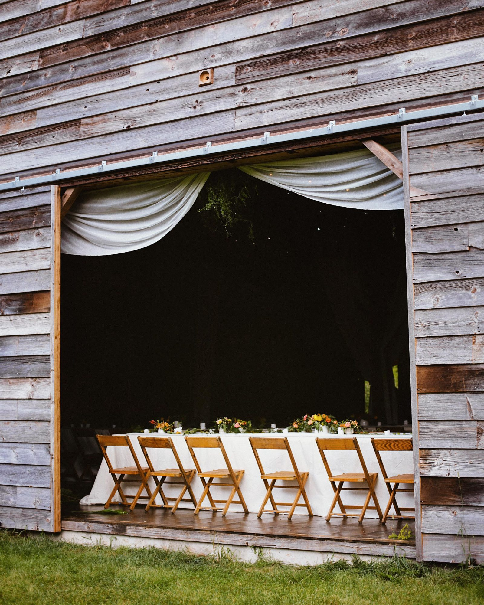 cat-vince-wedding-barn-031-s112646-0216-s112646-0216.jpg