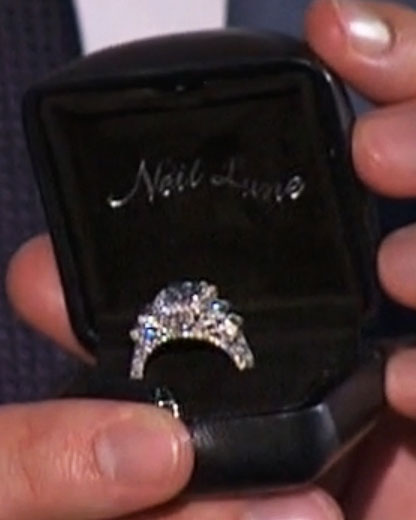 bachelor-ben-higgins-engagement-ring-0316.jpg