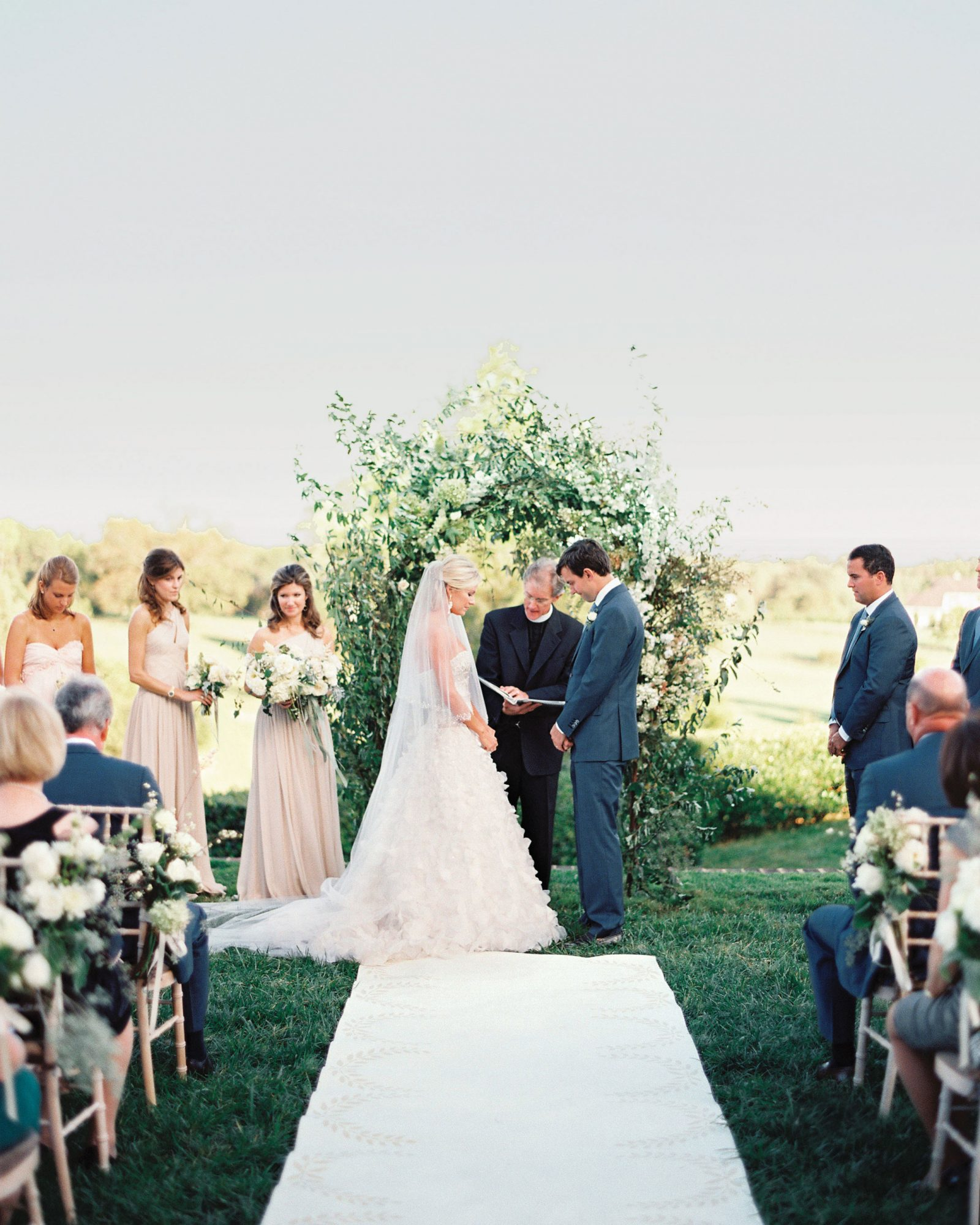 mmwds110148-004772-expert-advice-couple-at-altar.jpg