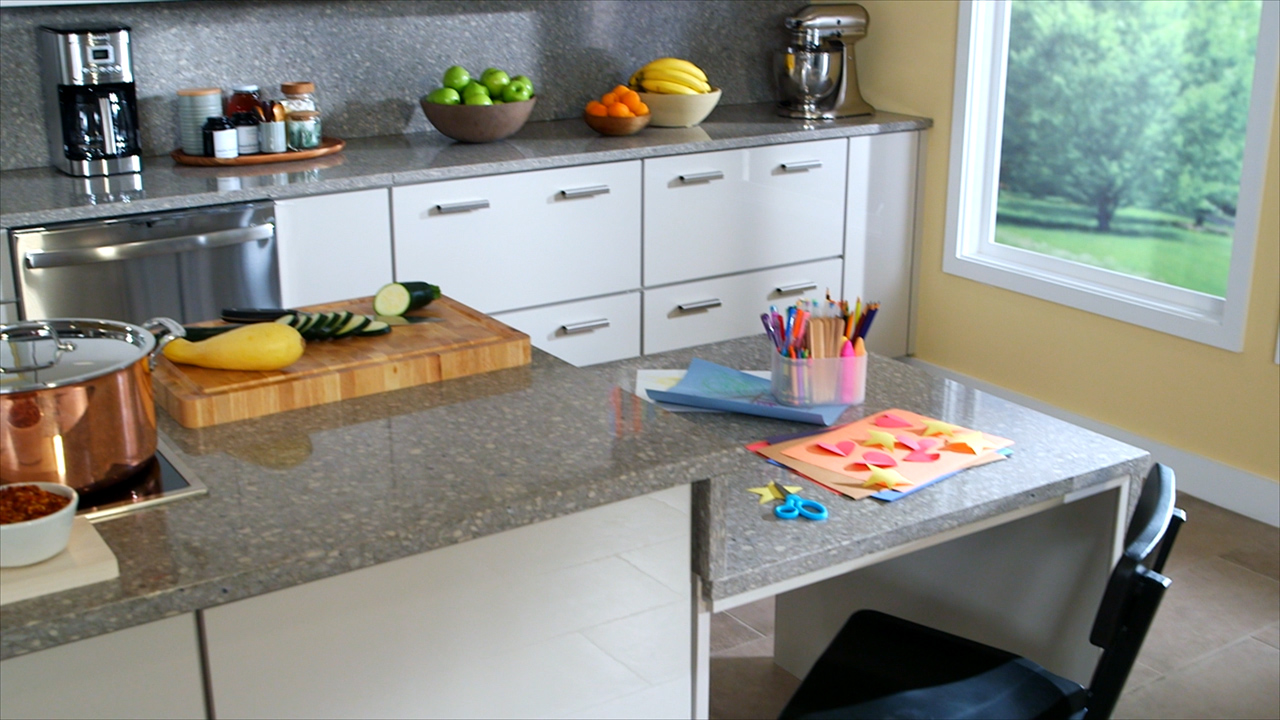 Family-Friendly Kitchens-HD