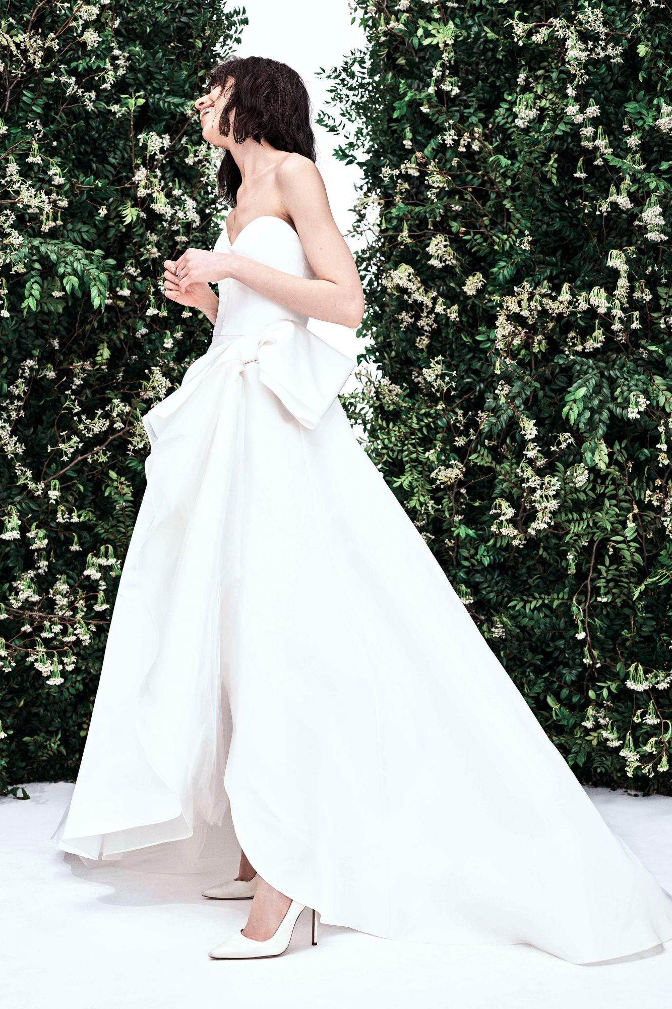 carolina herrera sweetheart high low bow wedding dress spring 2020