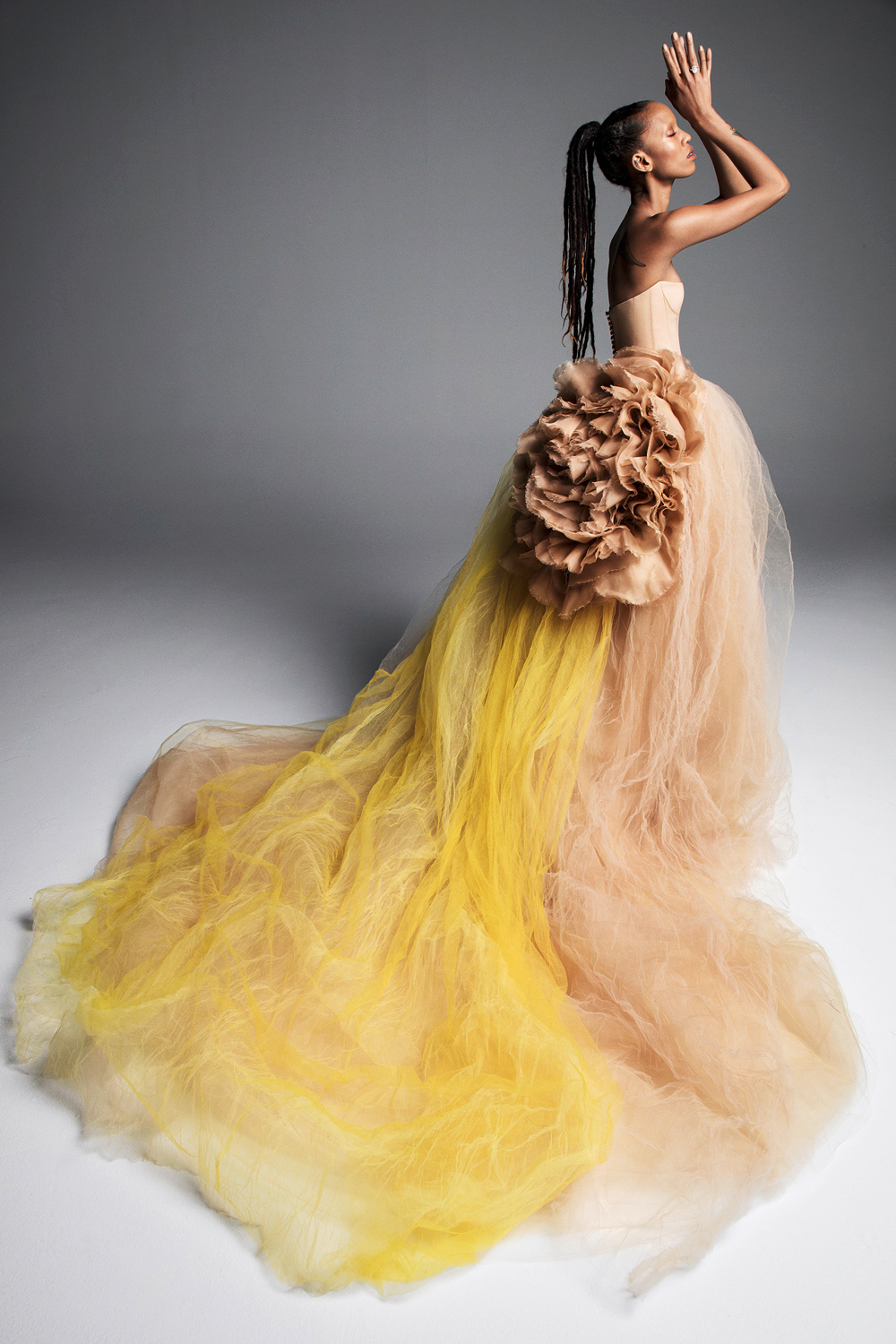 vera wang wedding dress spring 2019 yellow tan tulle strapless