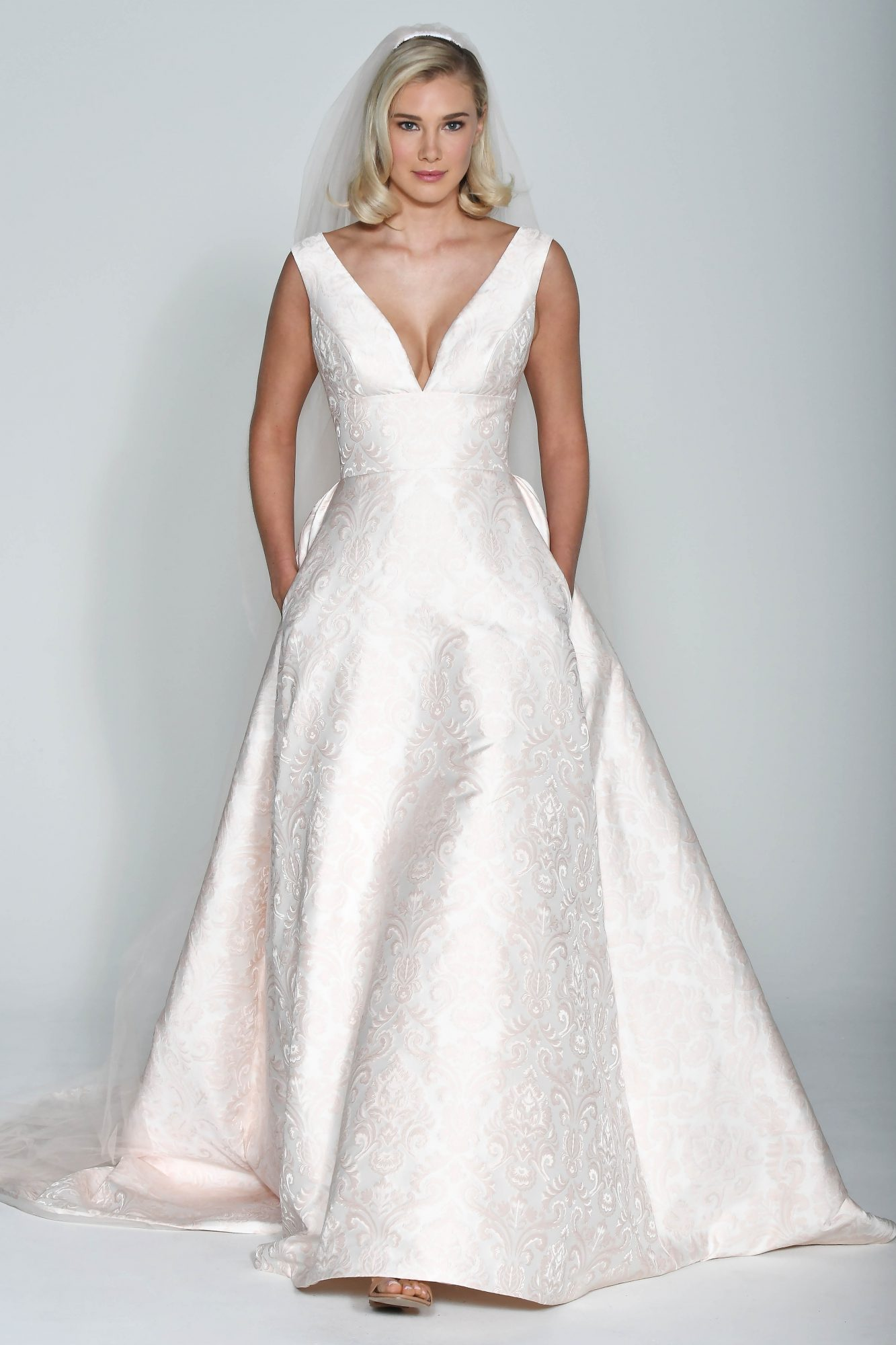 Wtoo by Watters Patterned V-Neck Ball Gown Wedding Dress Fall 2018