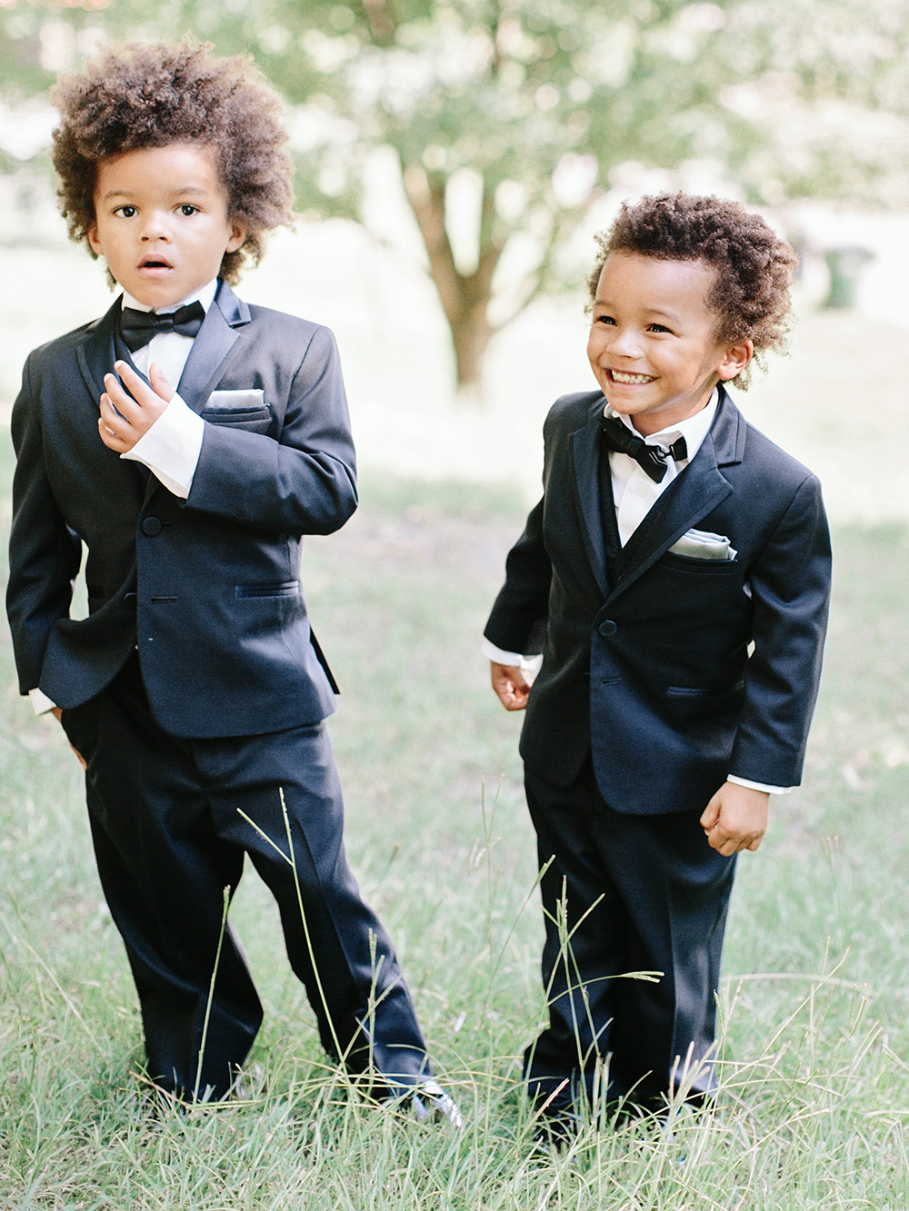 ring bearers black suits bowtie