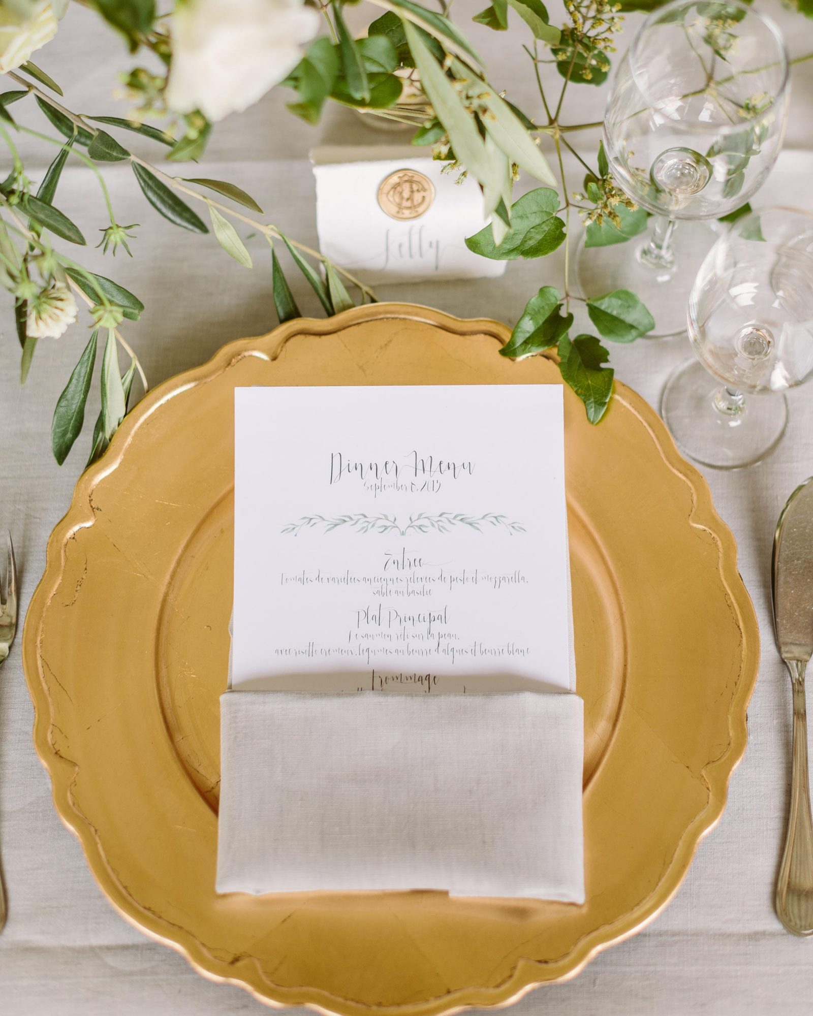 anneclaire-chris-wedding-france-placesetting-050-s113034-00716.jpg